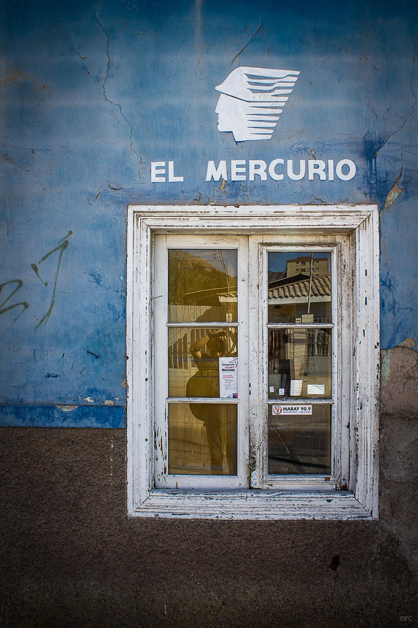 El Mercurio by FlaviuCodorean