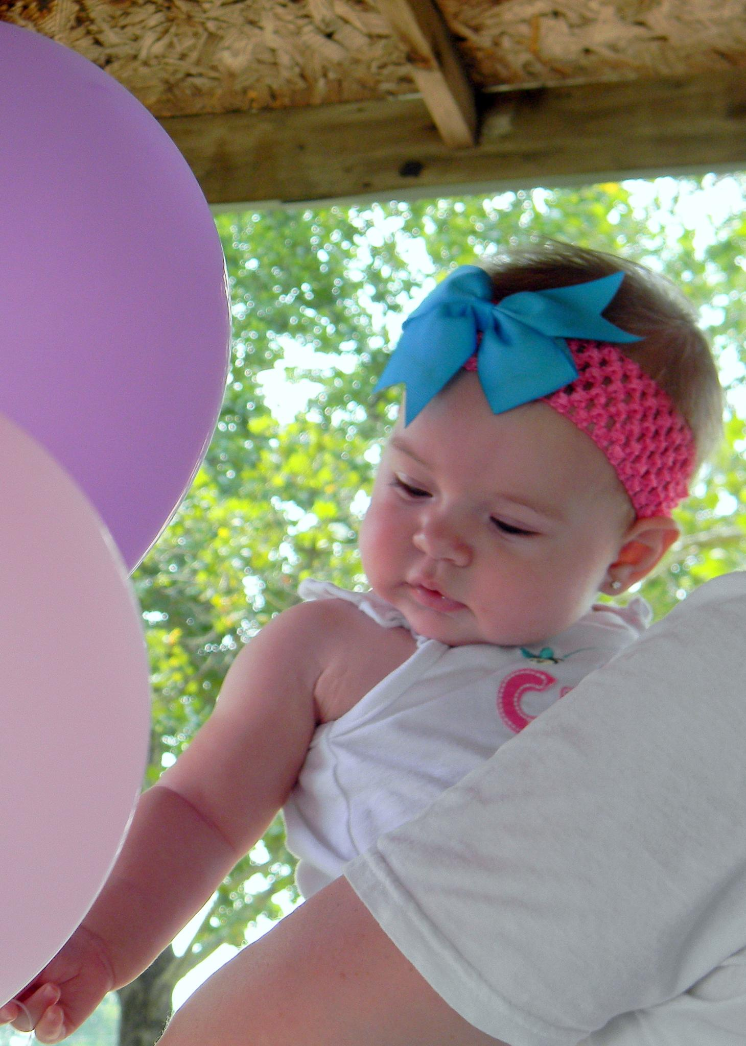 Kynleigh and Balloons by michellelynnsimmons