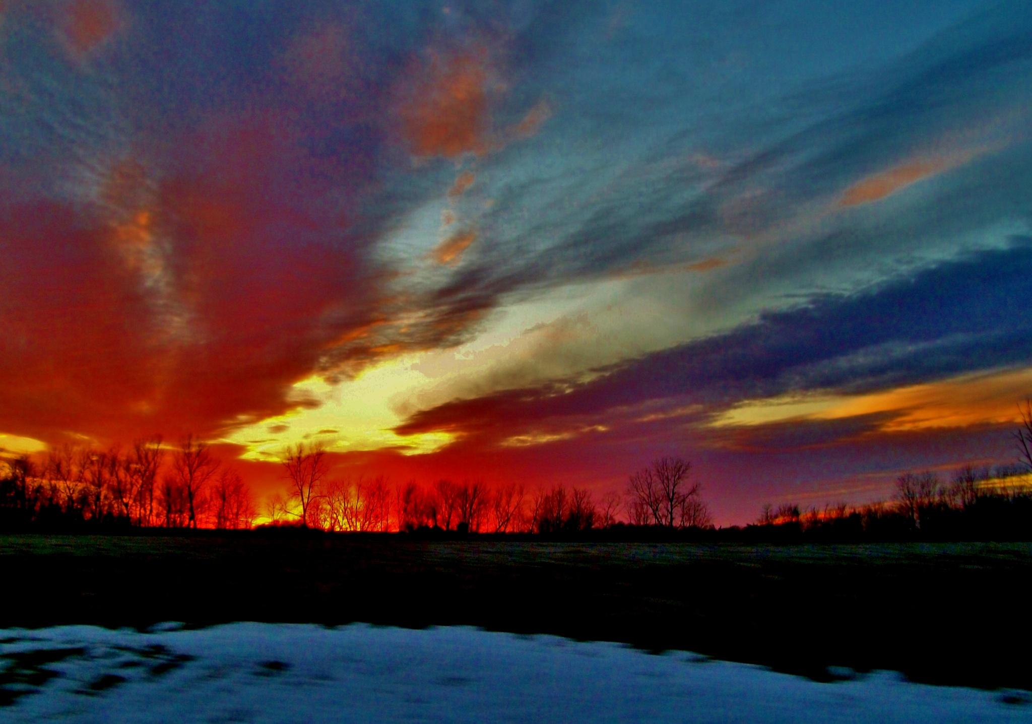 Winter sunset by debbylesko