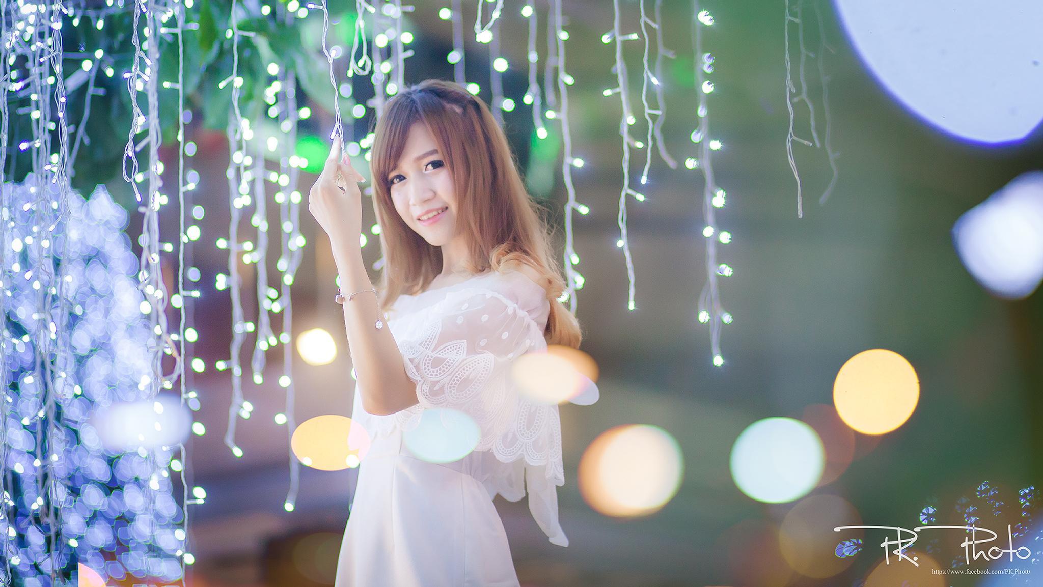 Smile by Weerapol Wongsanti