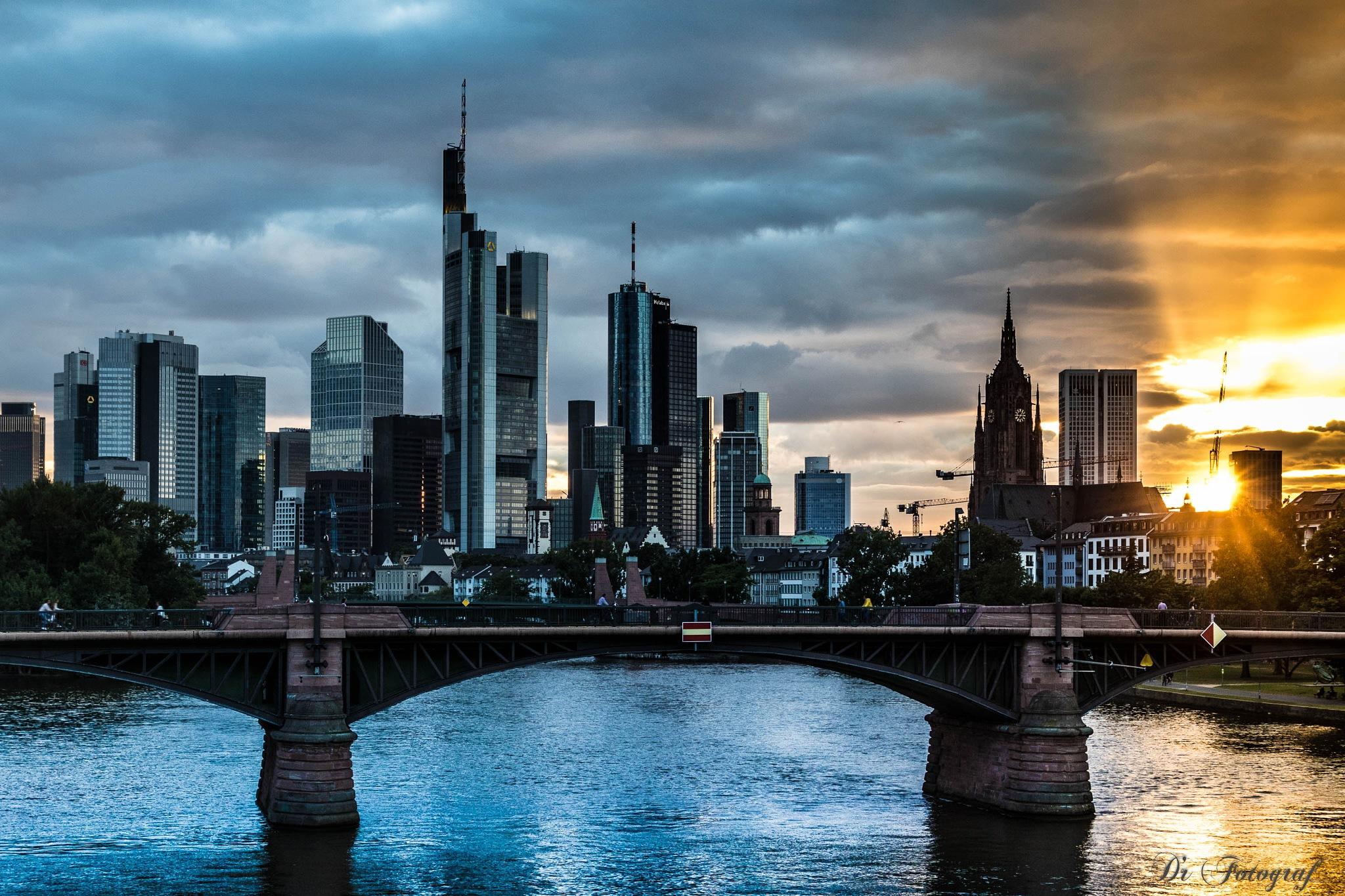 Frankfurt Sunset by DrFotograf