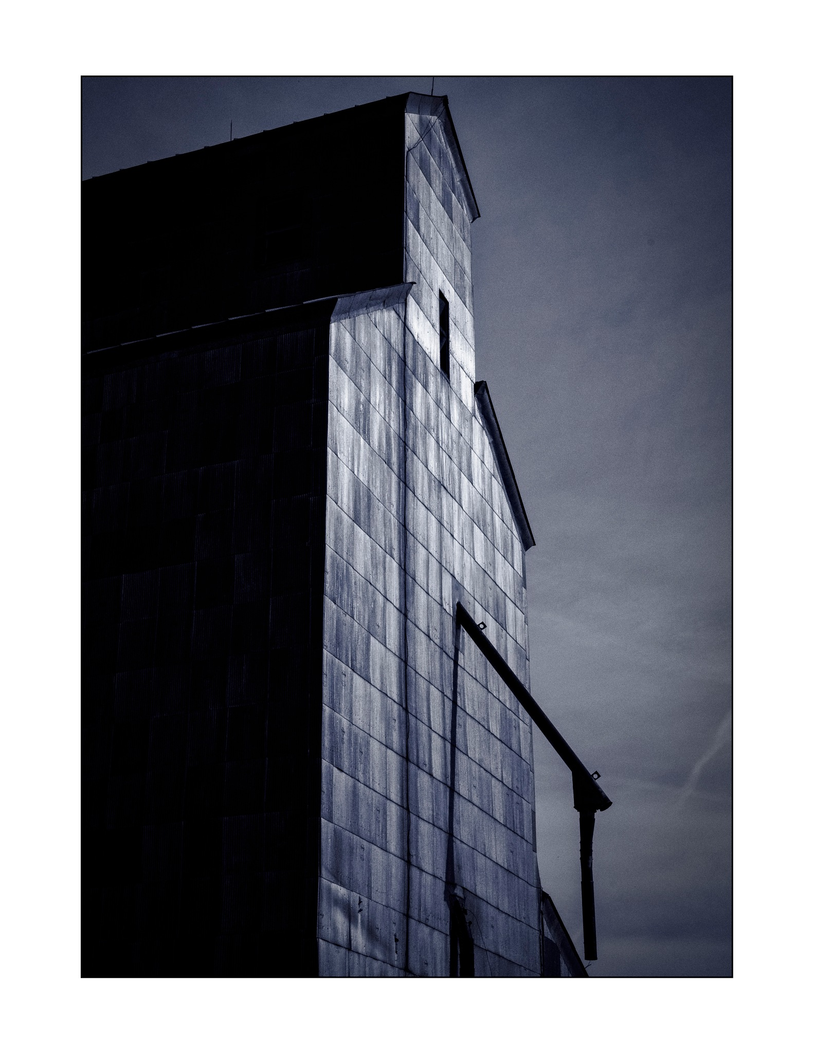 Elevator profile by jhulton