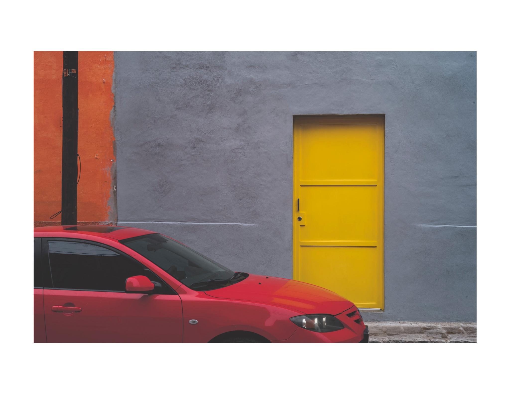 Yellow Door by jhulton