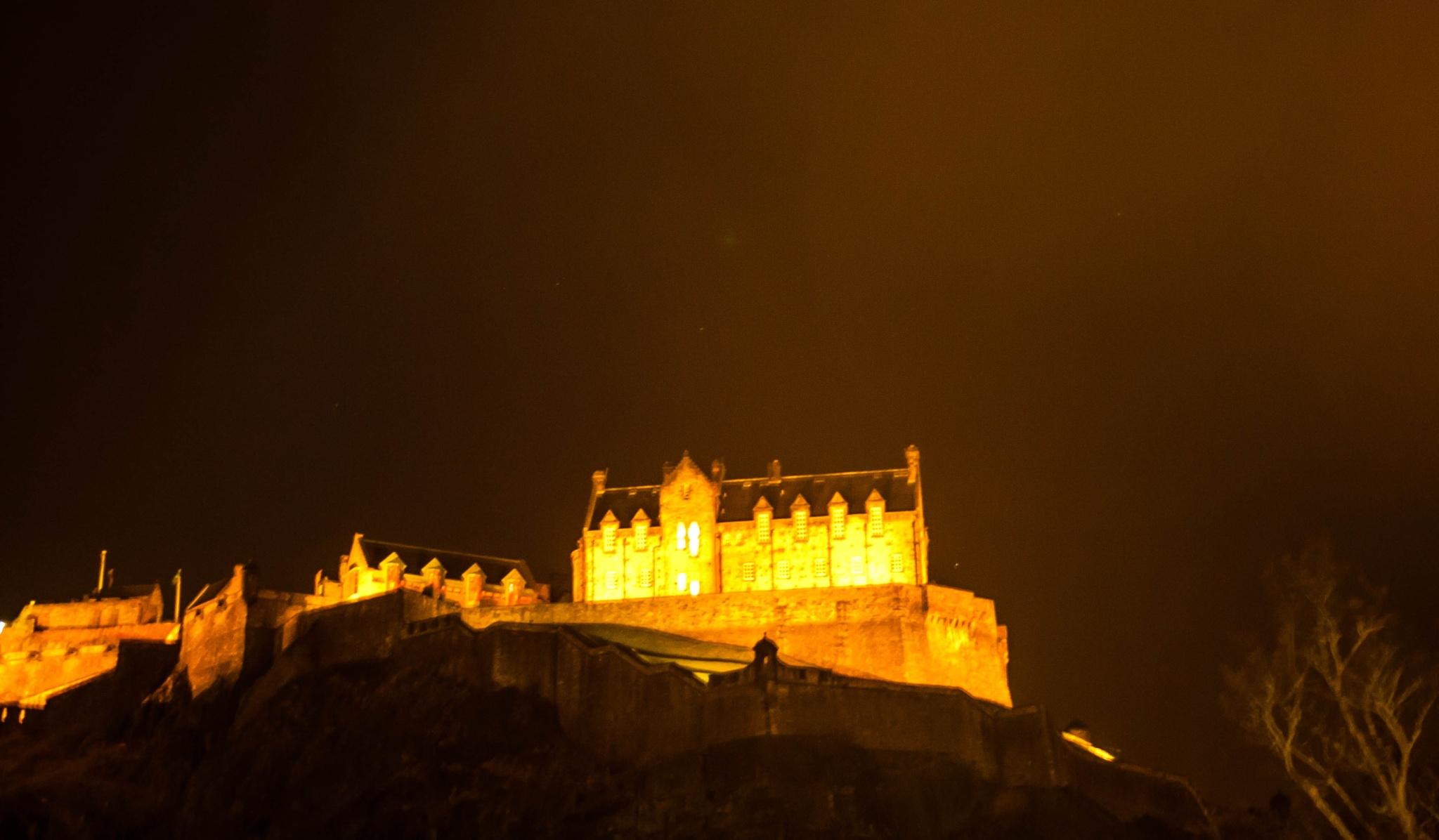 Edinburgh Castle by bob.cunningham.56884