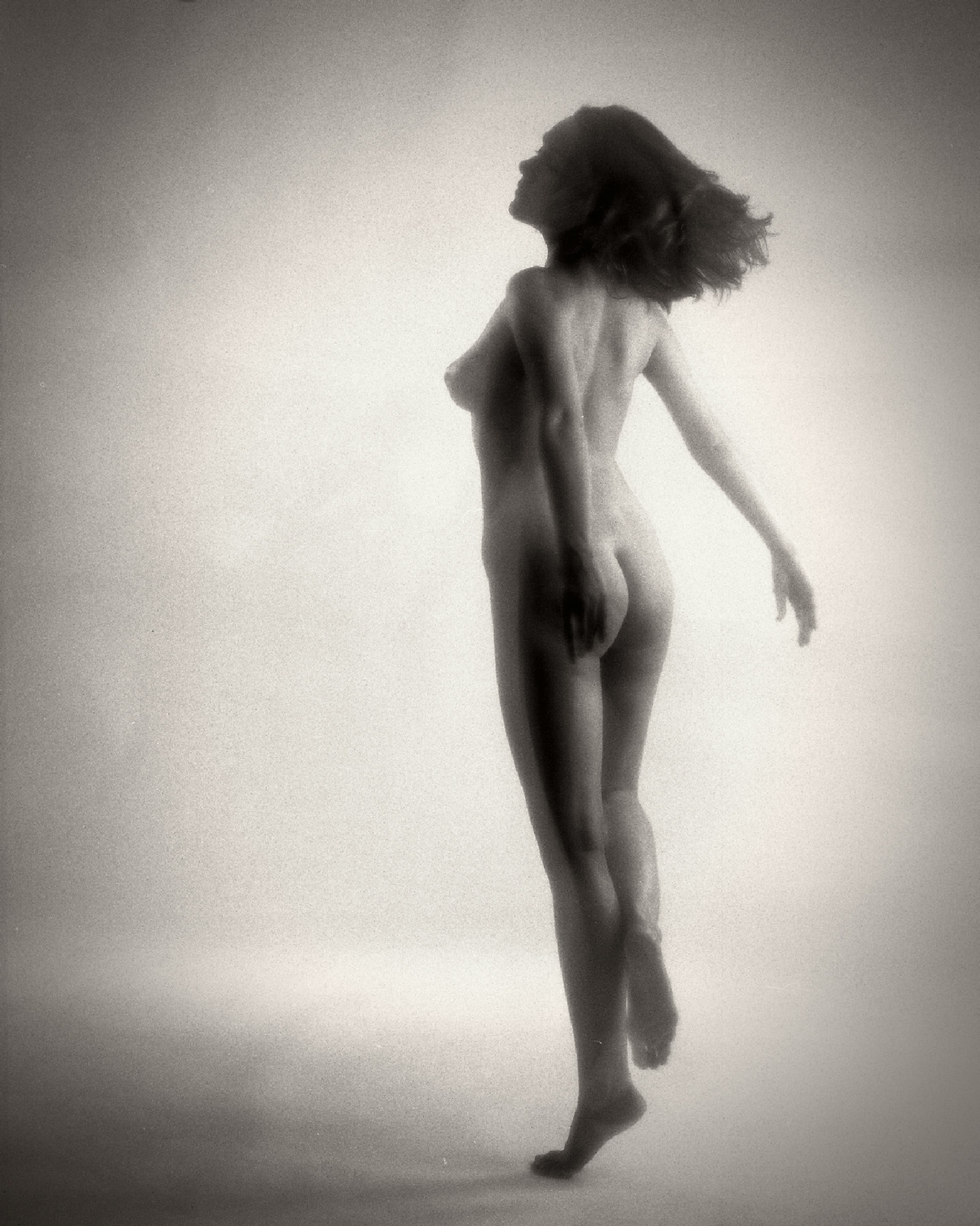 Nude in motion by Pixforce