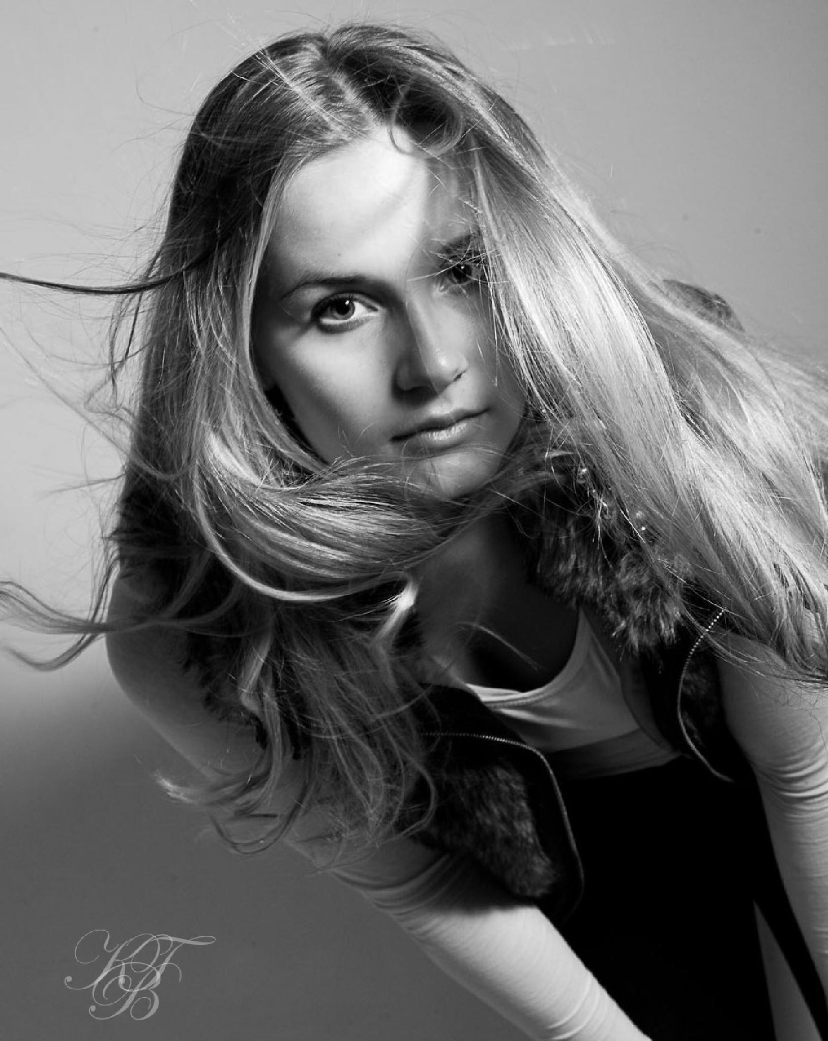 female Portrait by Pixforce