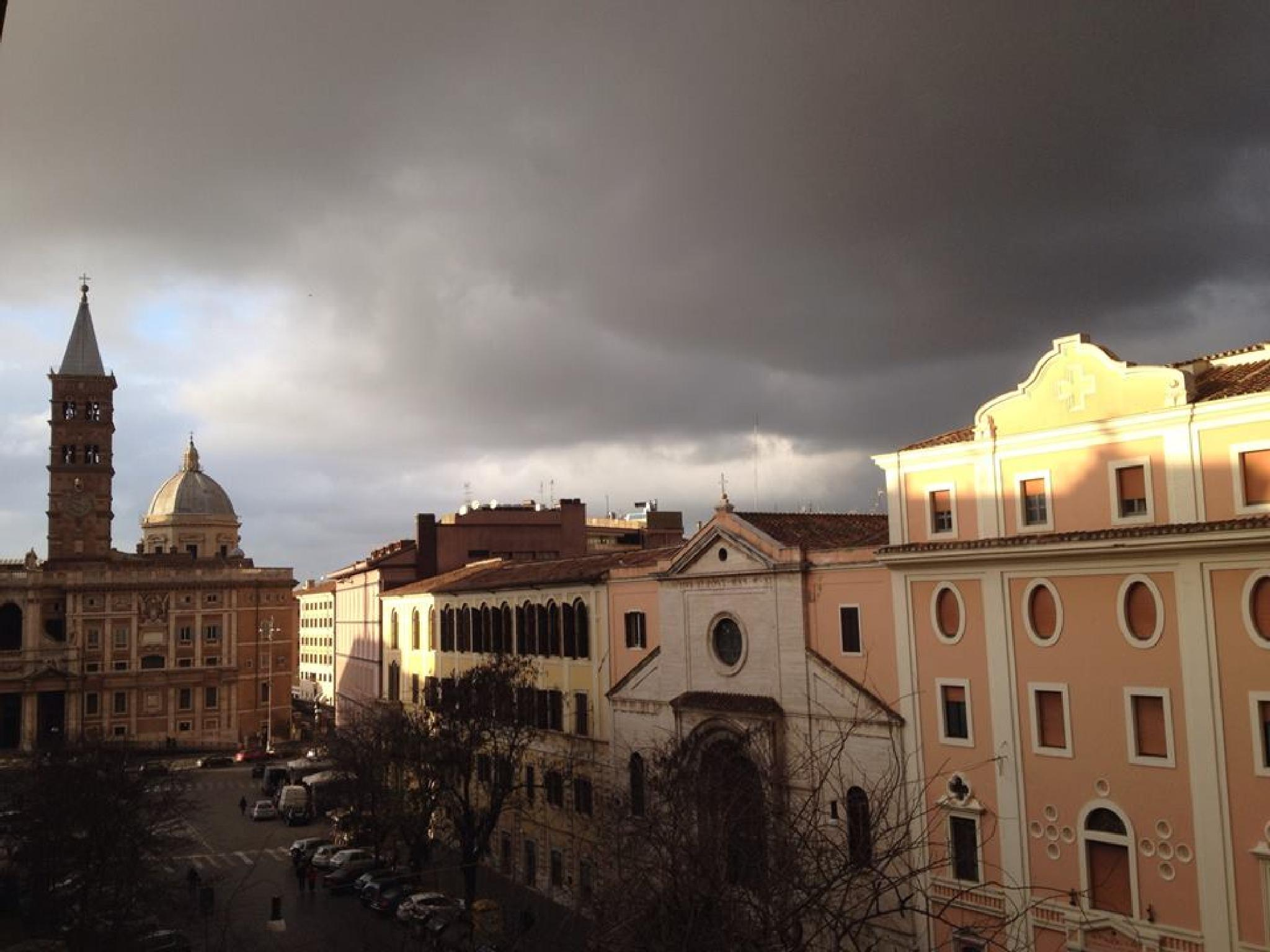 An approaching storm, Rome. by grossiroma