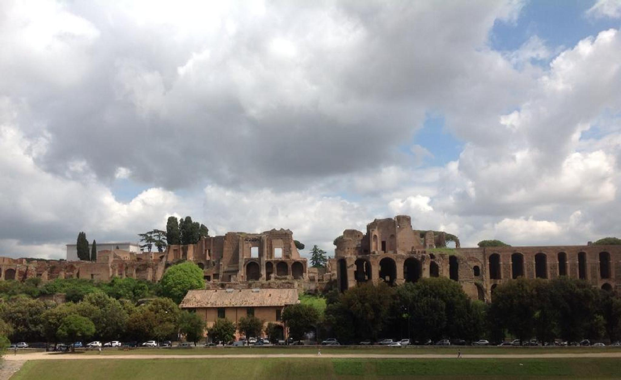 Where the Emperors lived, Rome. by grossiroma
