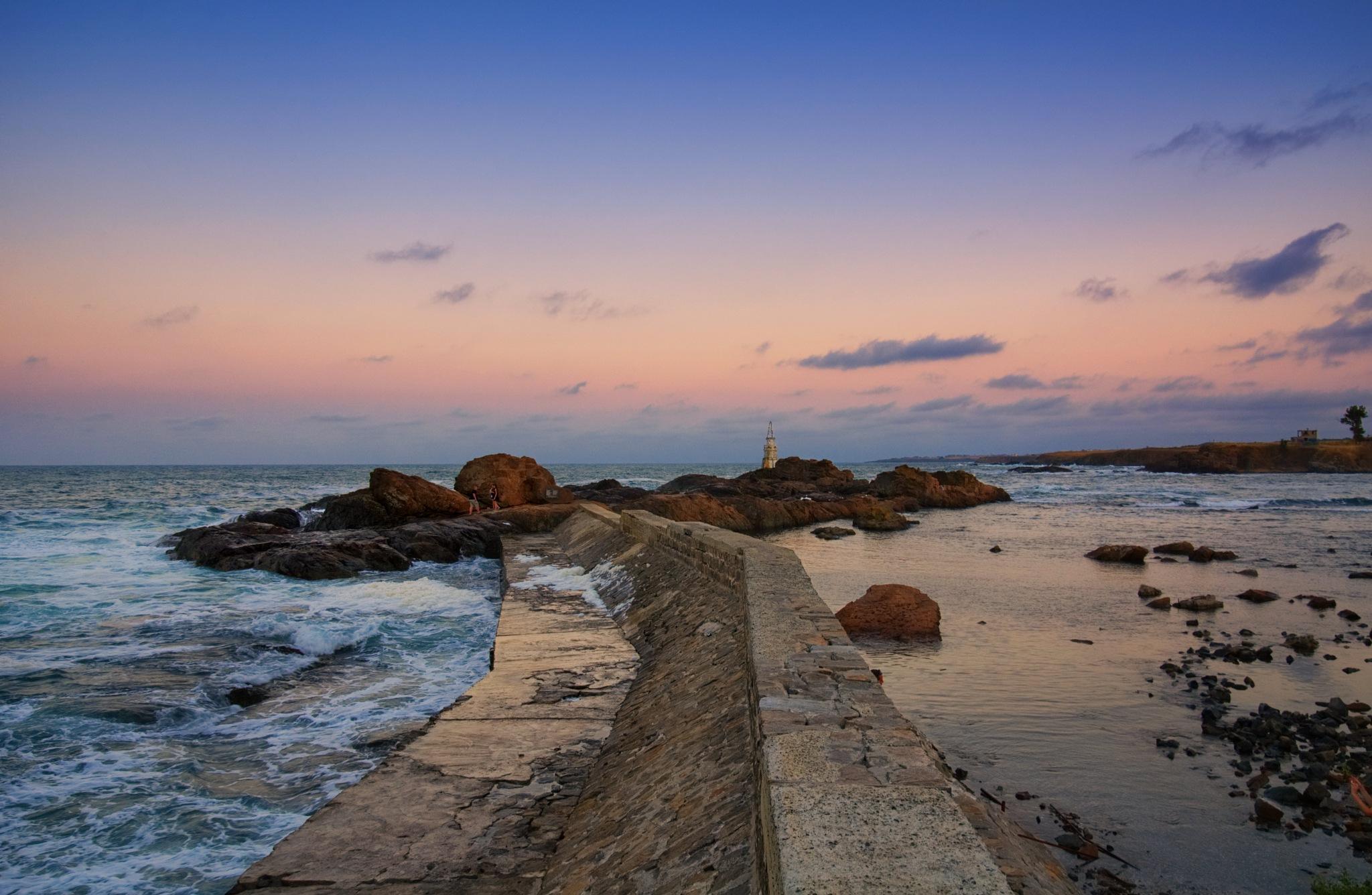 Path to the lighthouse by deyansky