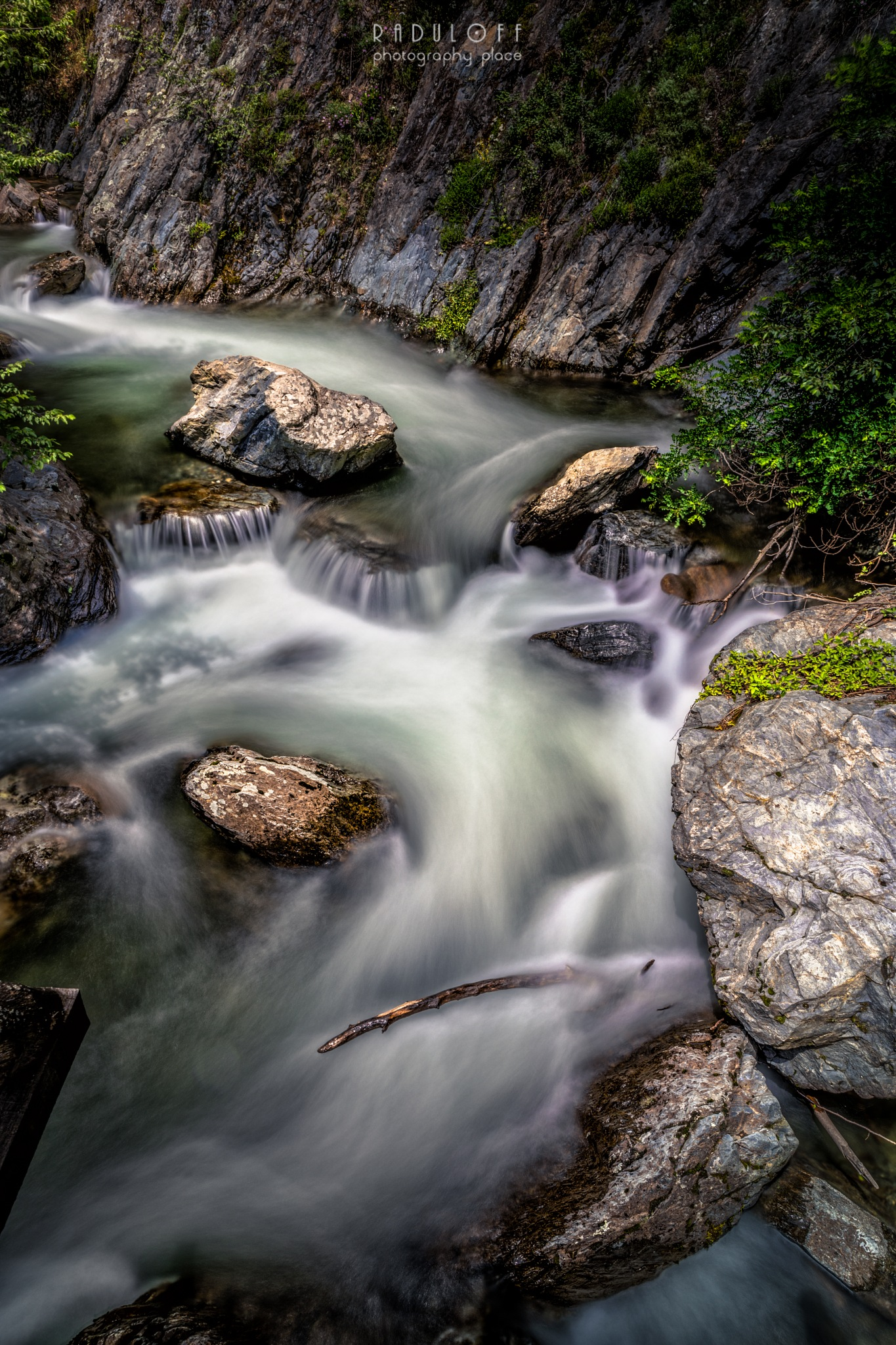 Water in motion IV by Nikolay Radulov
