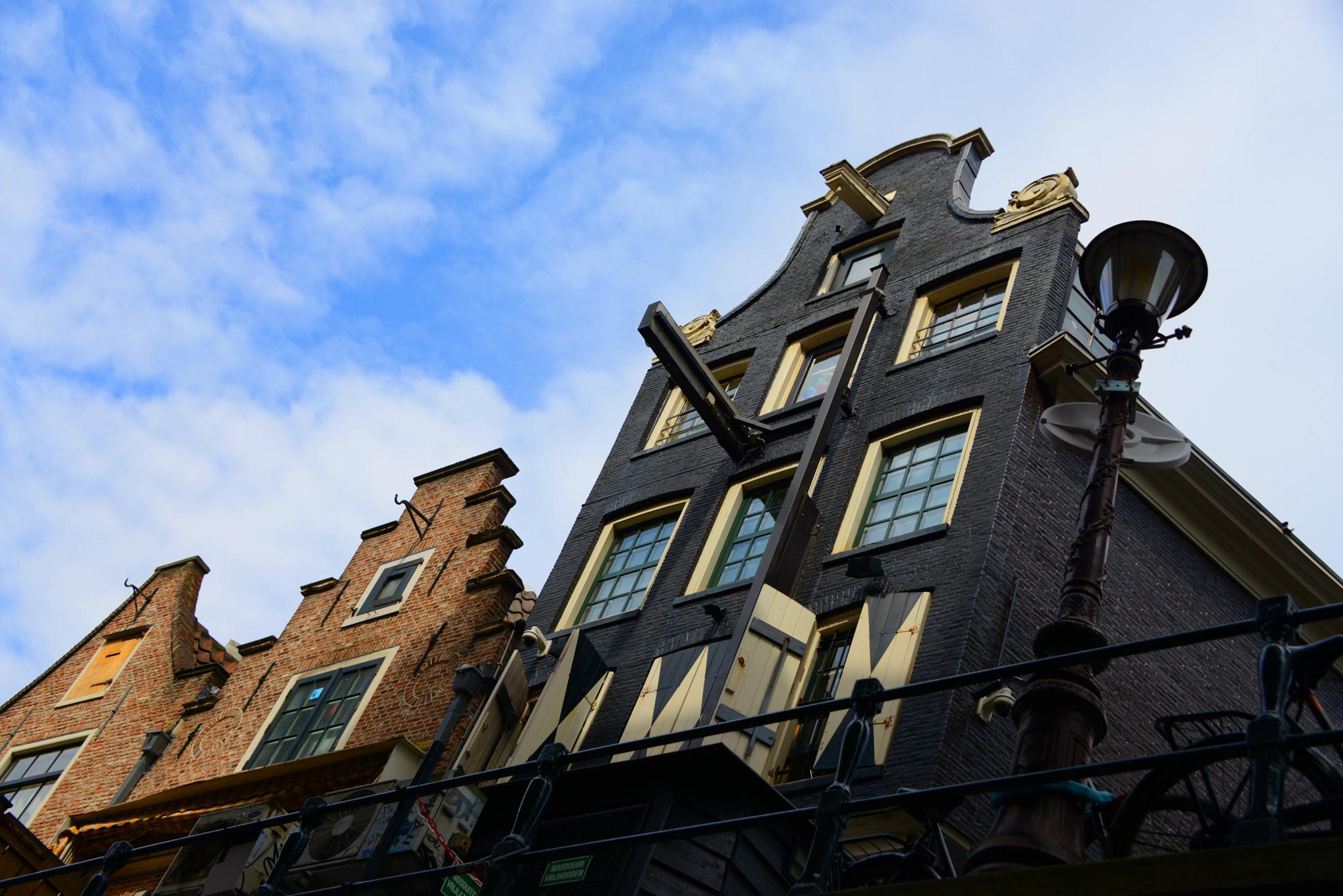 Amsterdam by HenrikCM