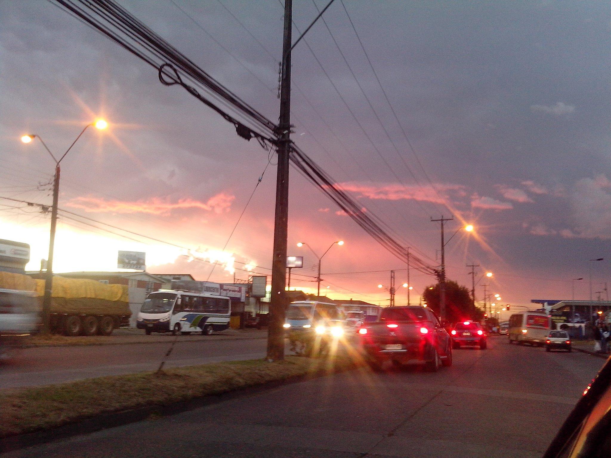 cielo rojo  by nataliavaldiviag