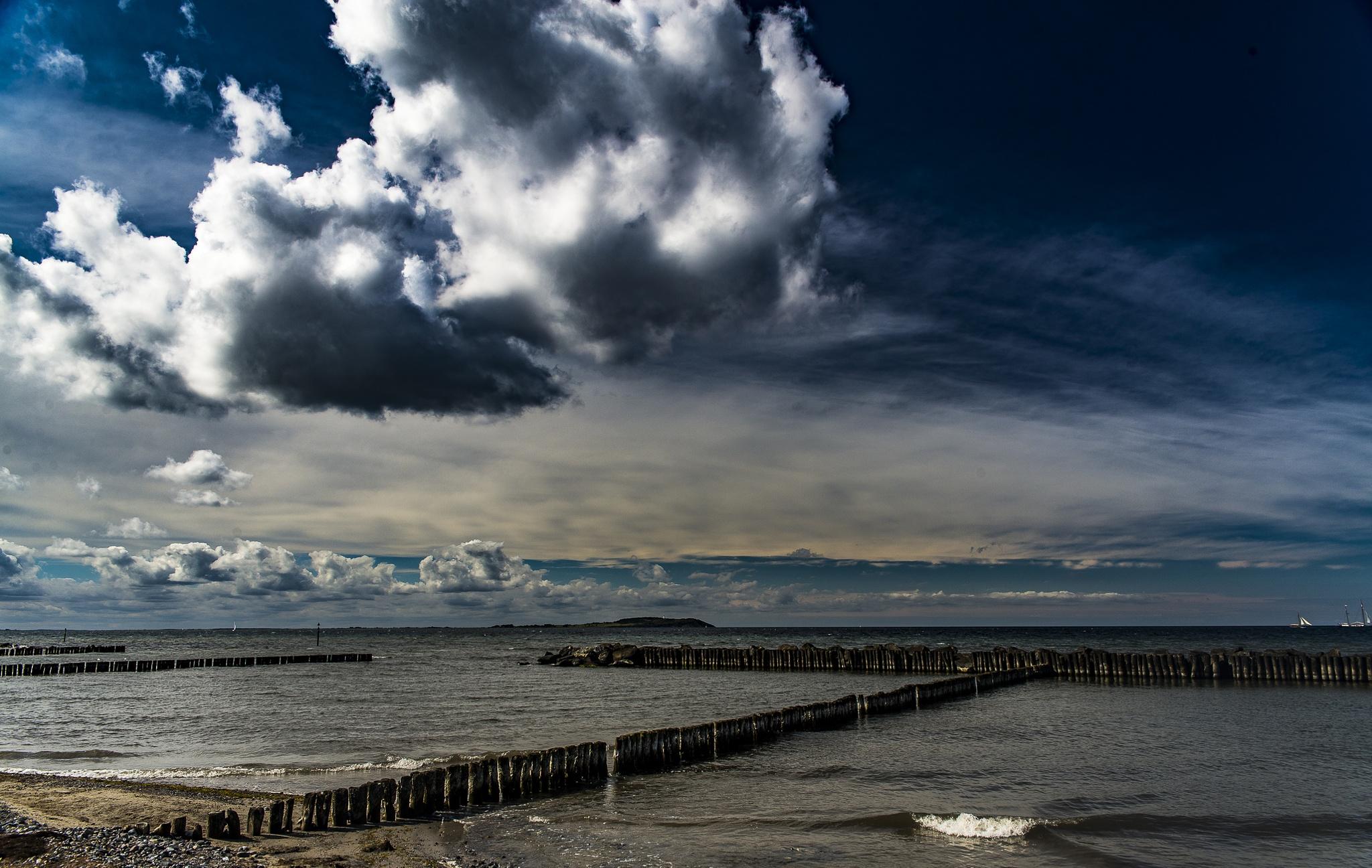 clouds over Hiddensee by elu