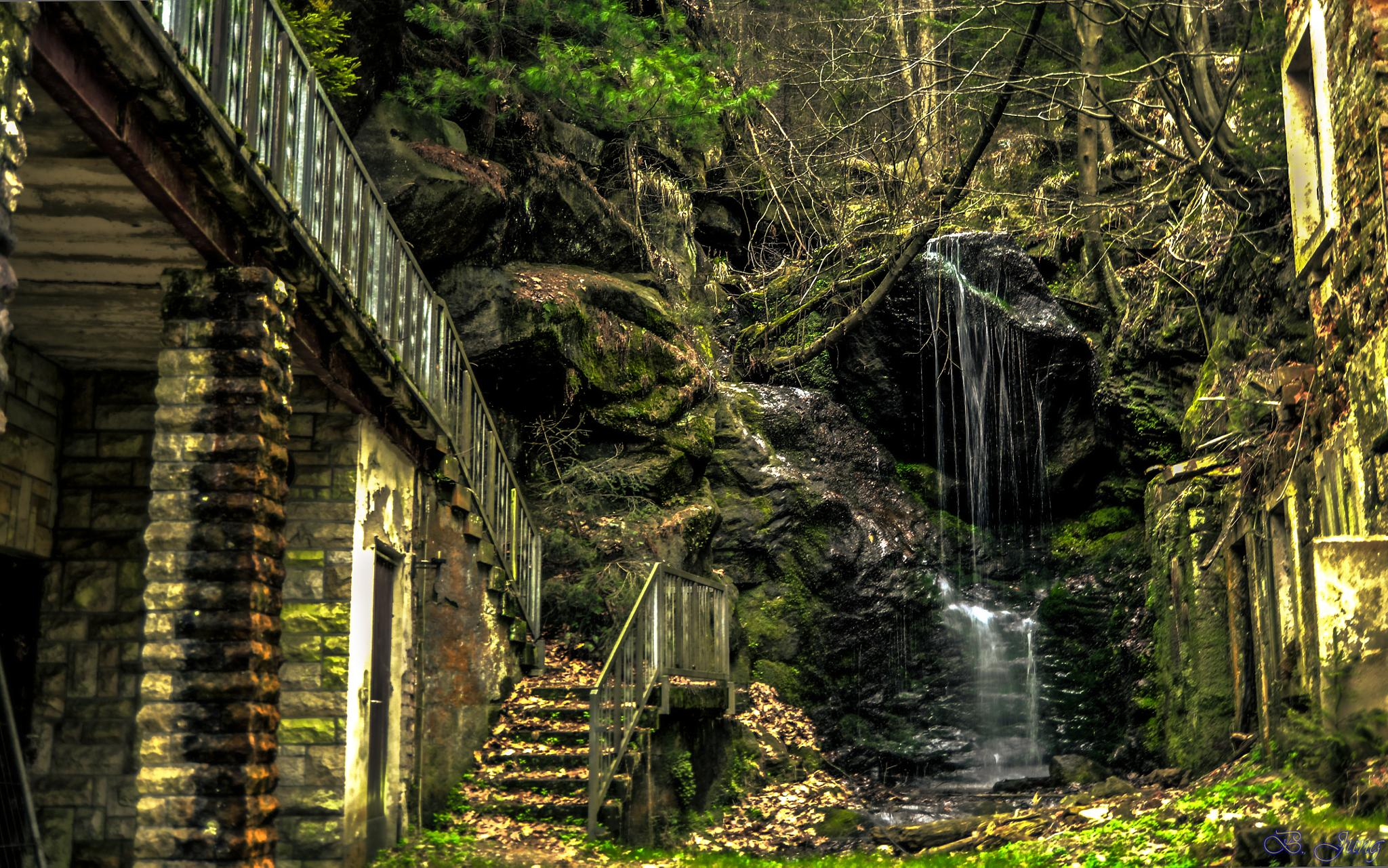 "Waterfall at ""Kuhstall"" by FOTO Bjoern"