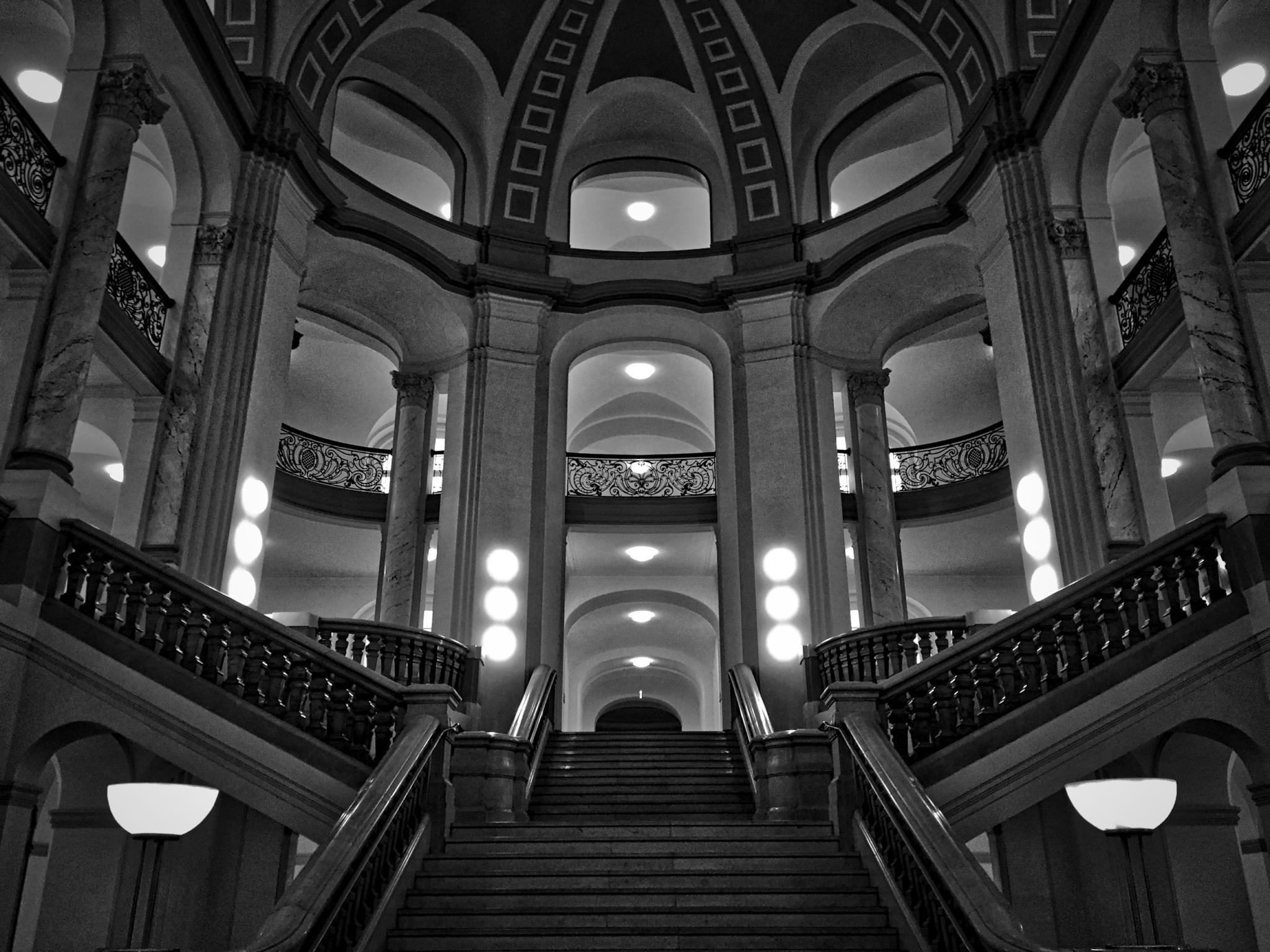 Amtsgericht Köln by Juergen Schmitz