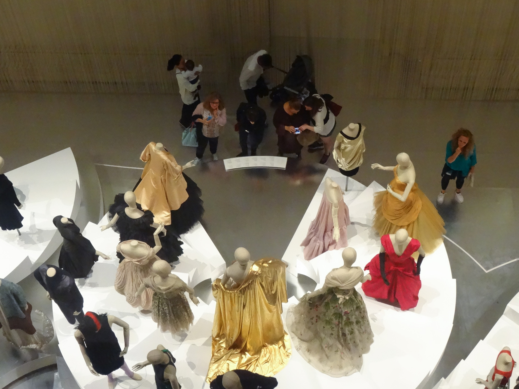 300 Years of Fashion by Carolyn Chase