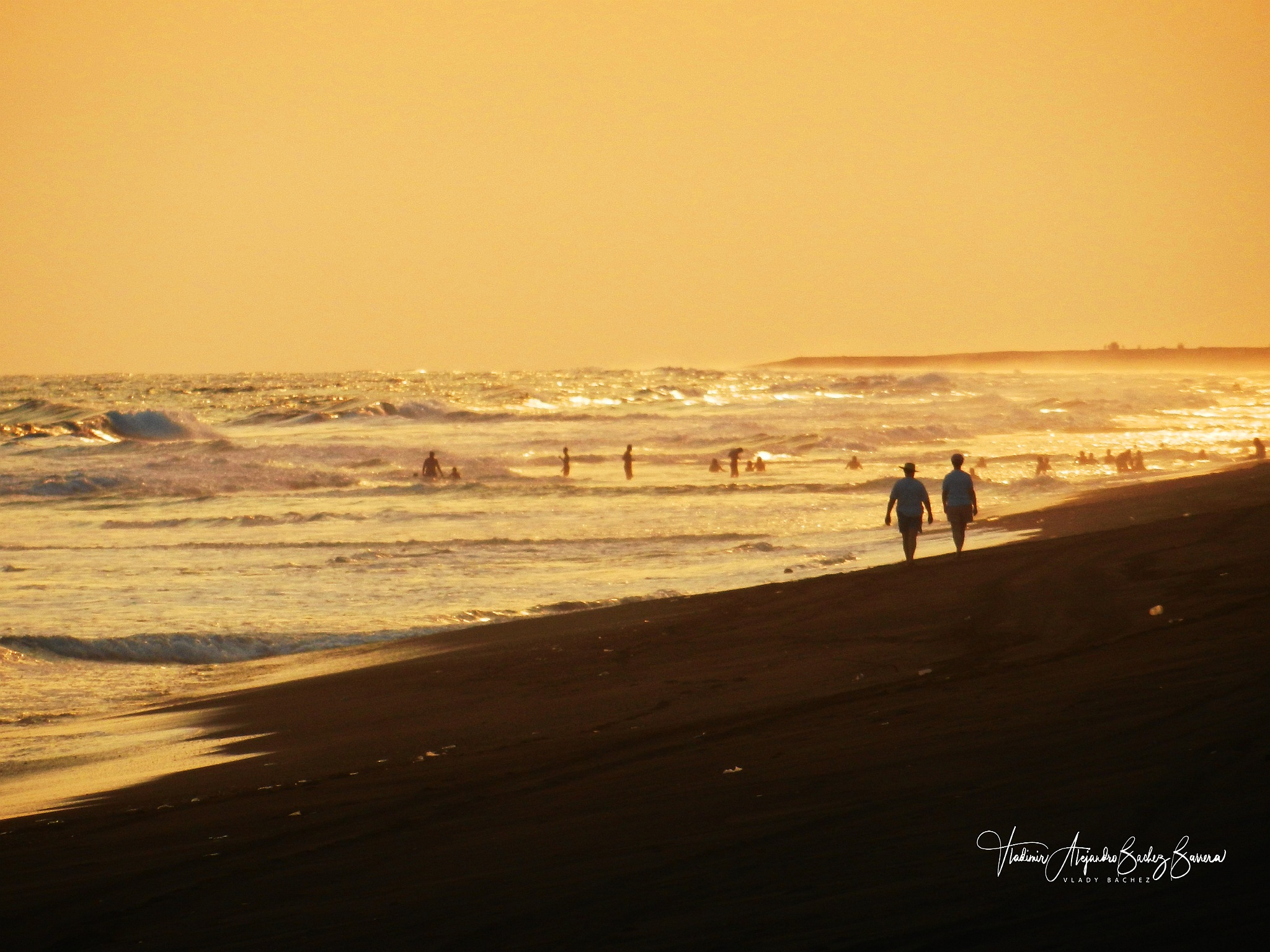 Playa Dorada by vladybachez