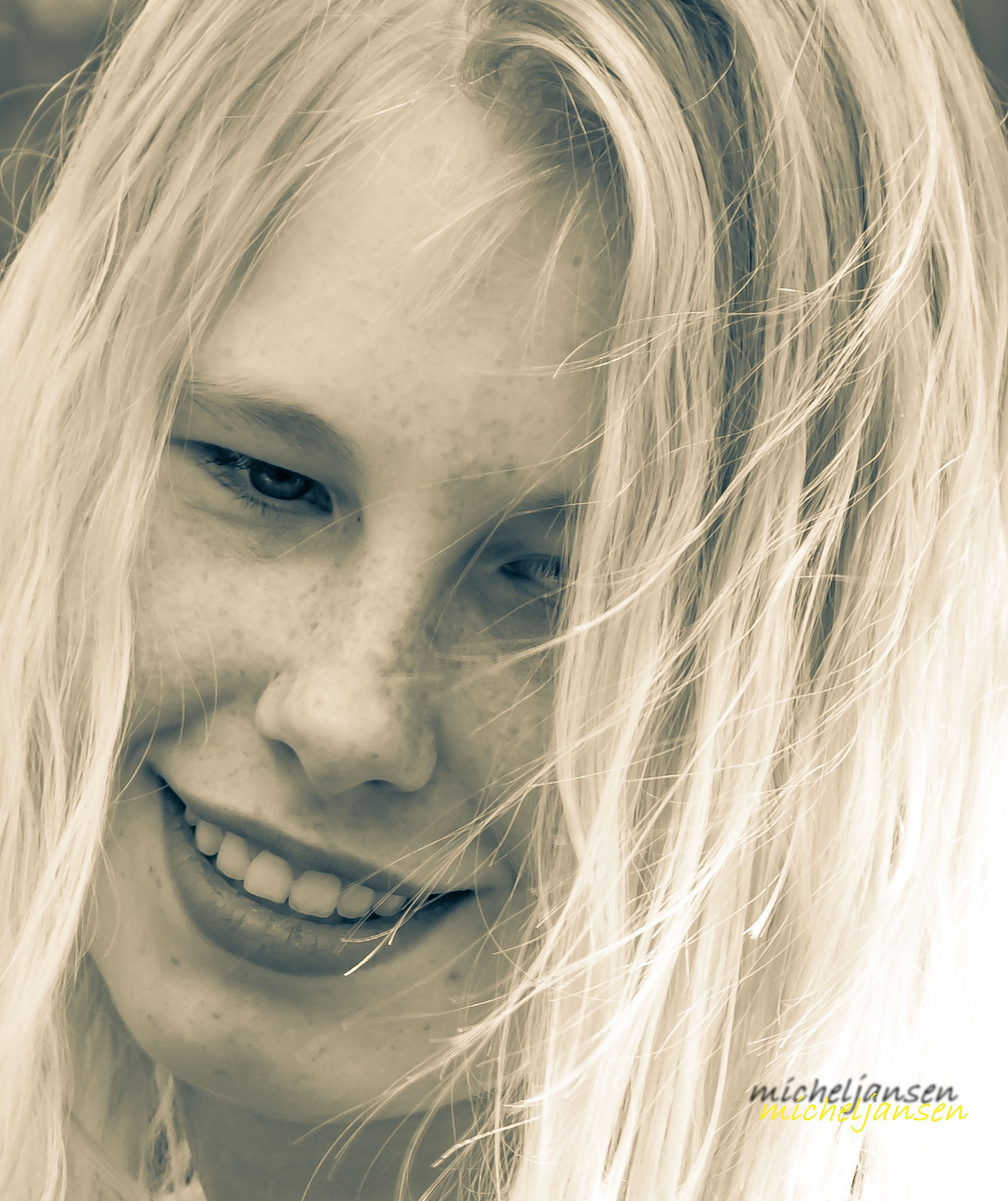 Danique portrait shoot by Micheljansenfotografie