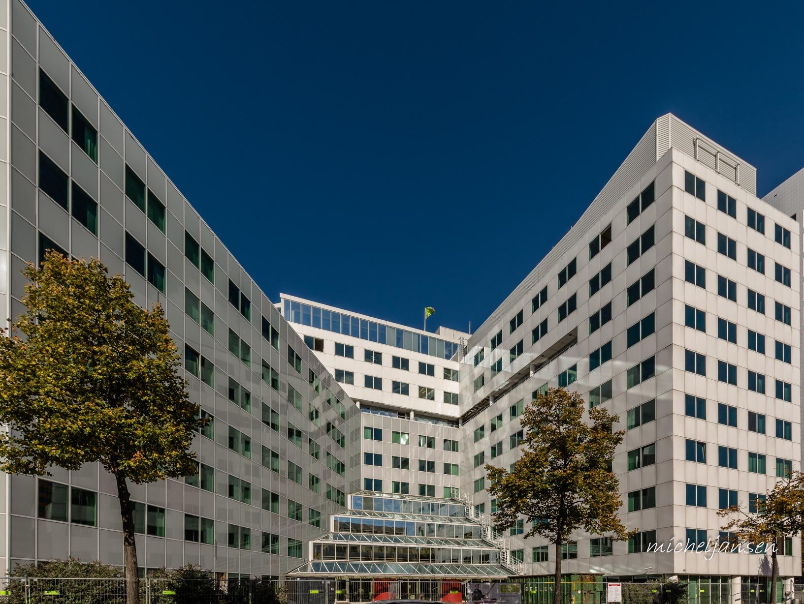 Eneco HQ entrance - Rotterdam Alexander by Micheljansenfotografie