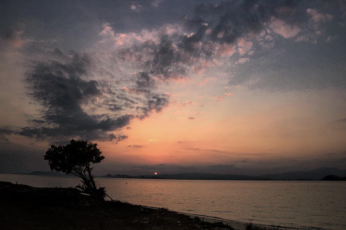 sunset by Rudy Wahju
