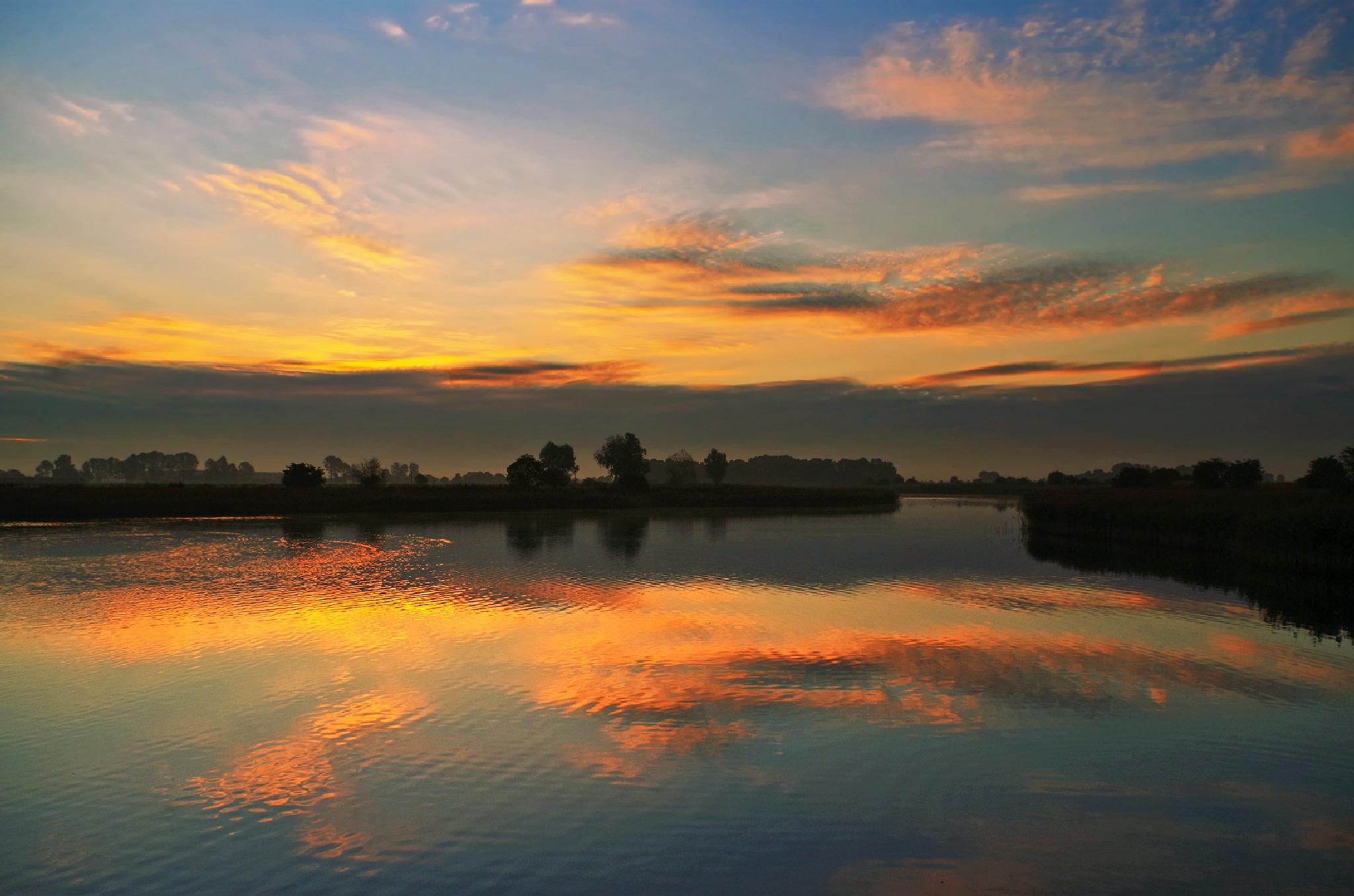 dawn by Tomasz Marciniak