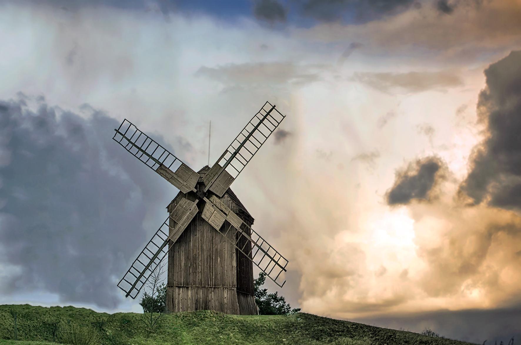 windmill by Tomasz Marciniak