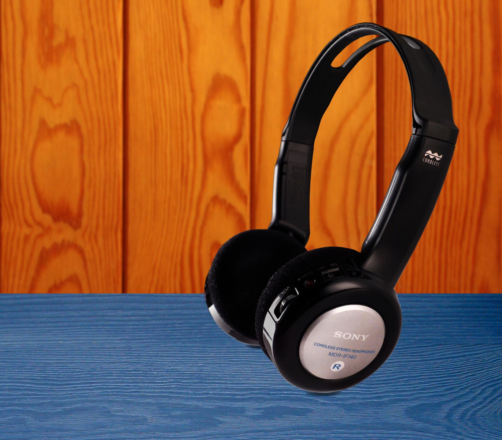 Sony Headphone...... by Reuben Kinny