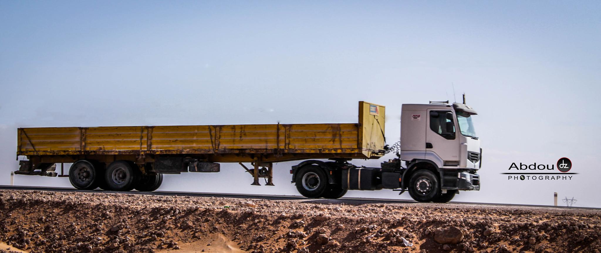 Truck  by Abdoudzphotography