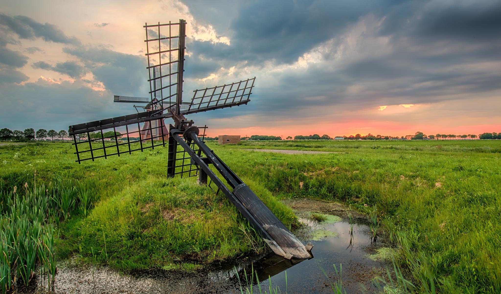 Untitled by R van Wijk