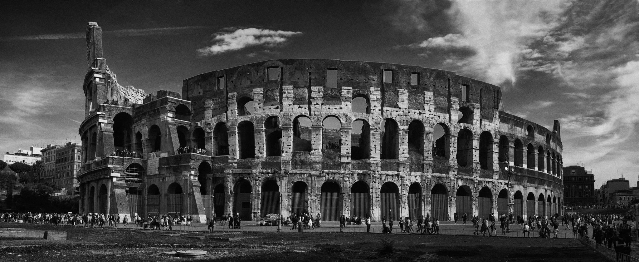 Il Colosseo by leicajerome