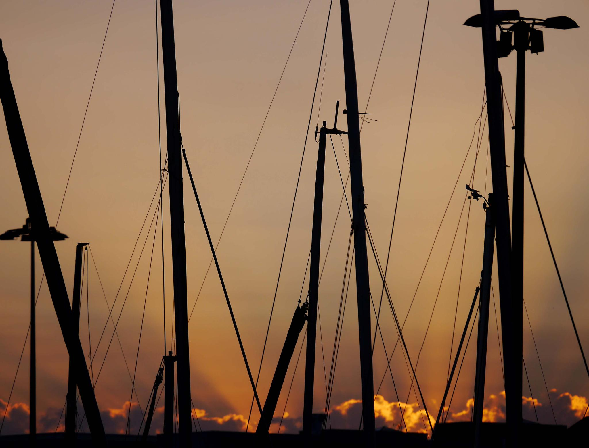 The last rays of sun on the marina by Photosniper