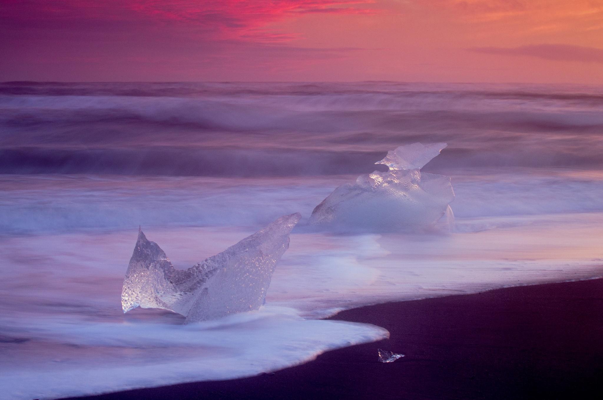 Sea ice by Gordon Dryden
