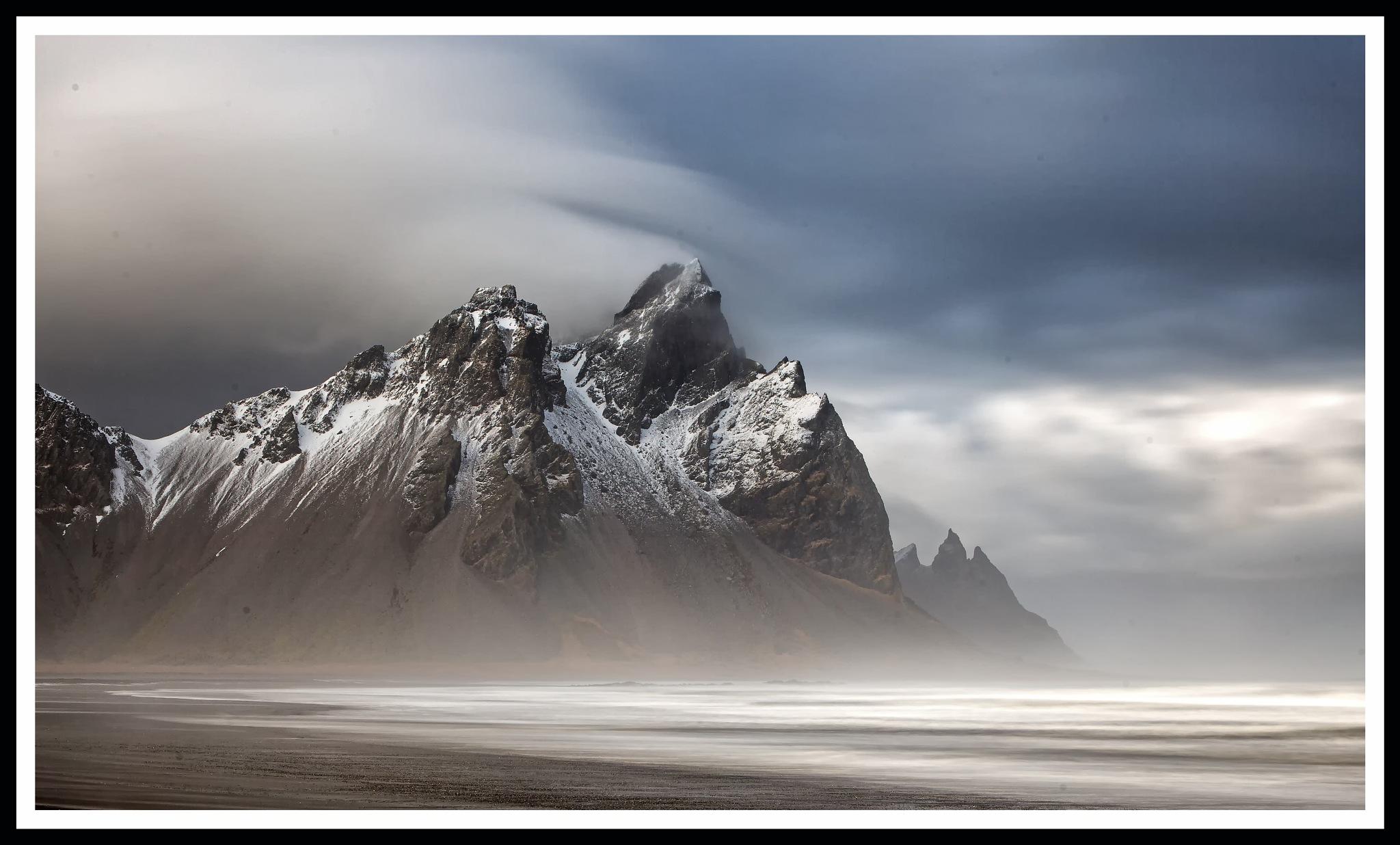 Eastern summit of the Vestrahorn and Brunnhorn by Gordon Dryden