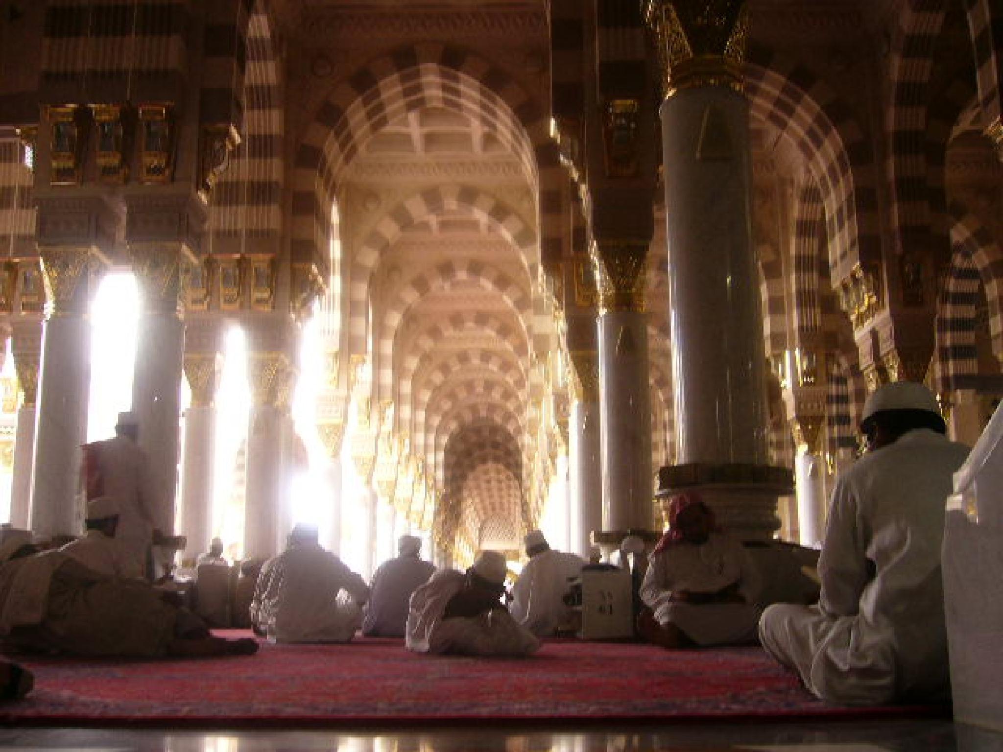 Masjid Nabawi by Adib Noh