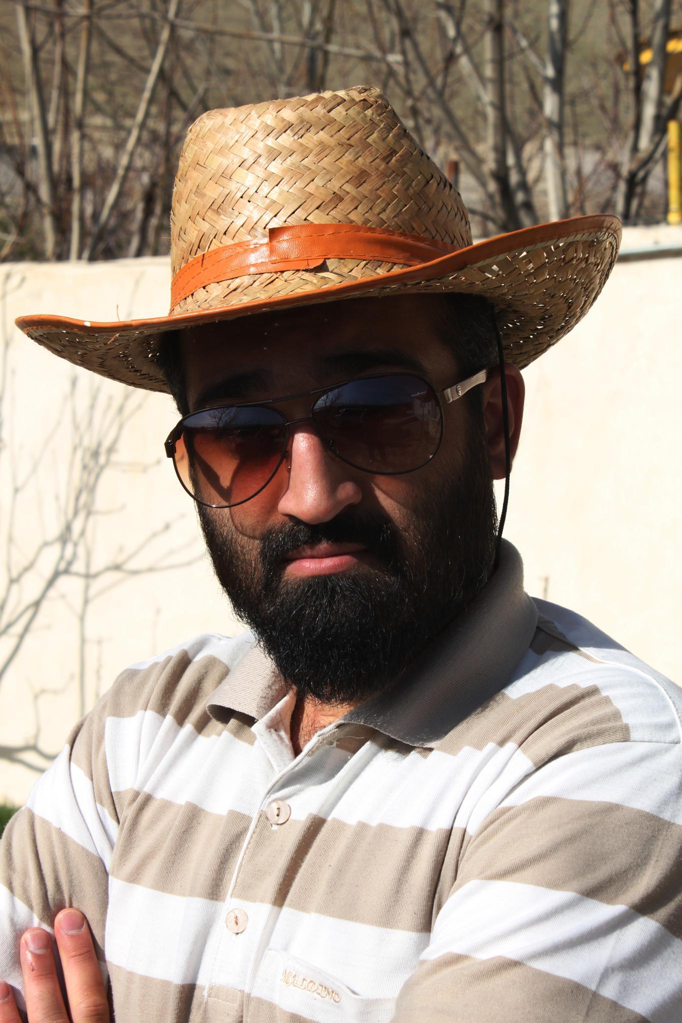 Mr. Hat by Mahdi Ebrahimi