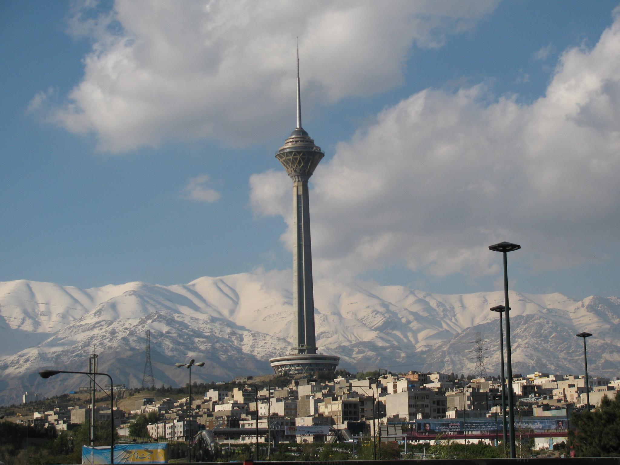 Milad Tower by Mahdi Ebrahimi