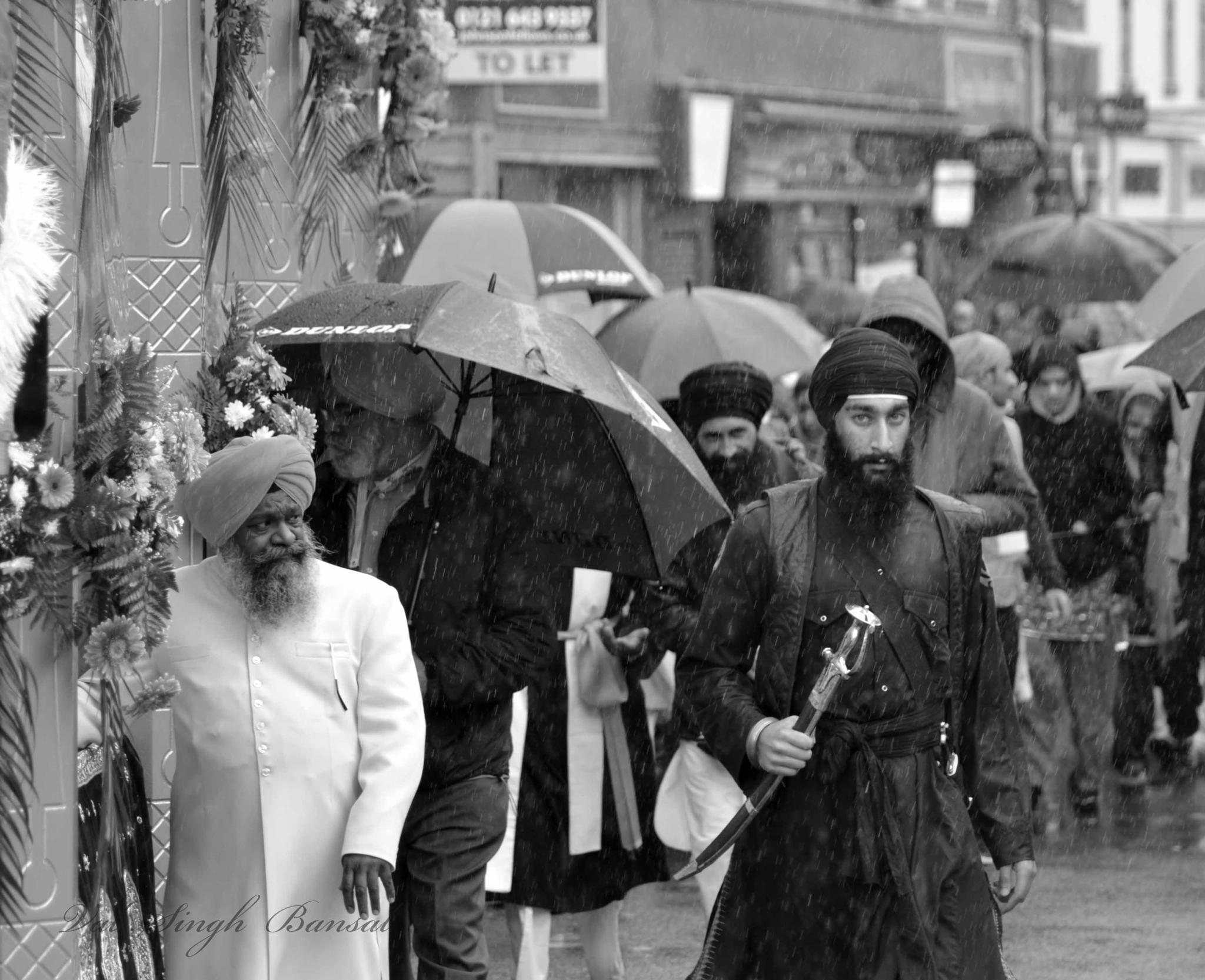 Singhing in the rain by valjinder.bansal