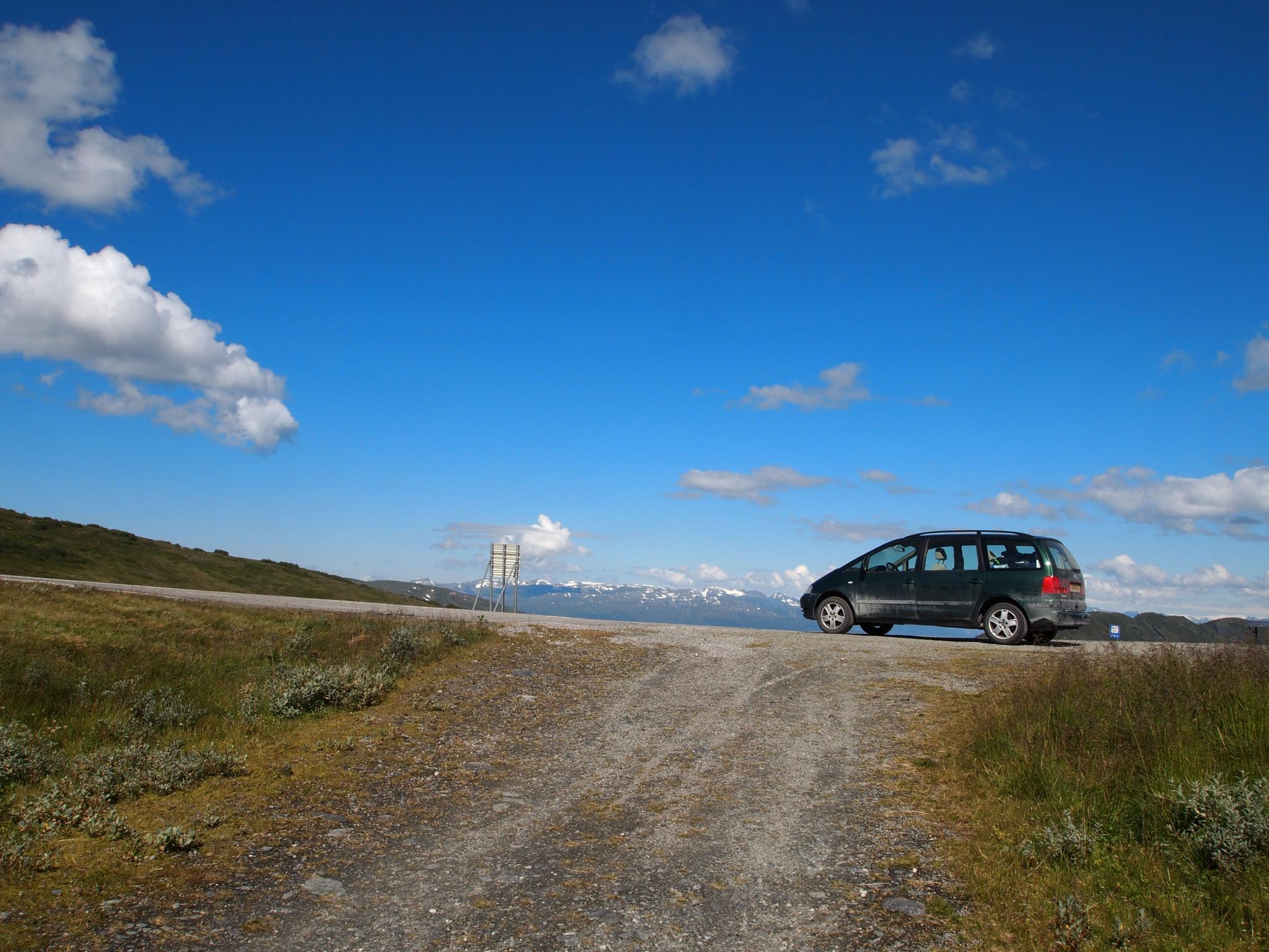 Traveling through Norway by Djoeke Kingma