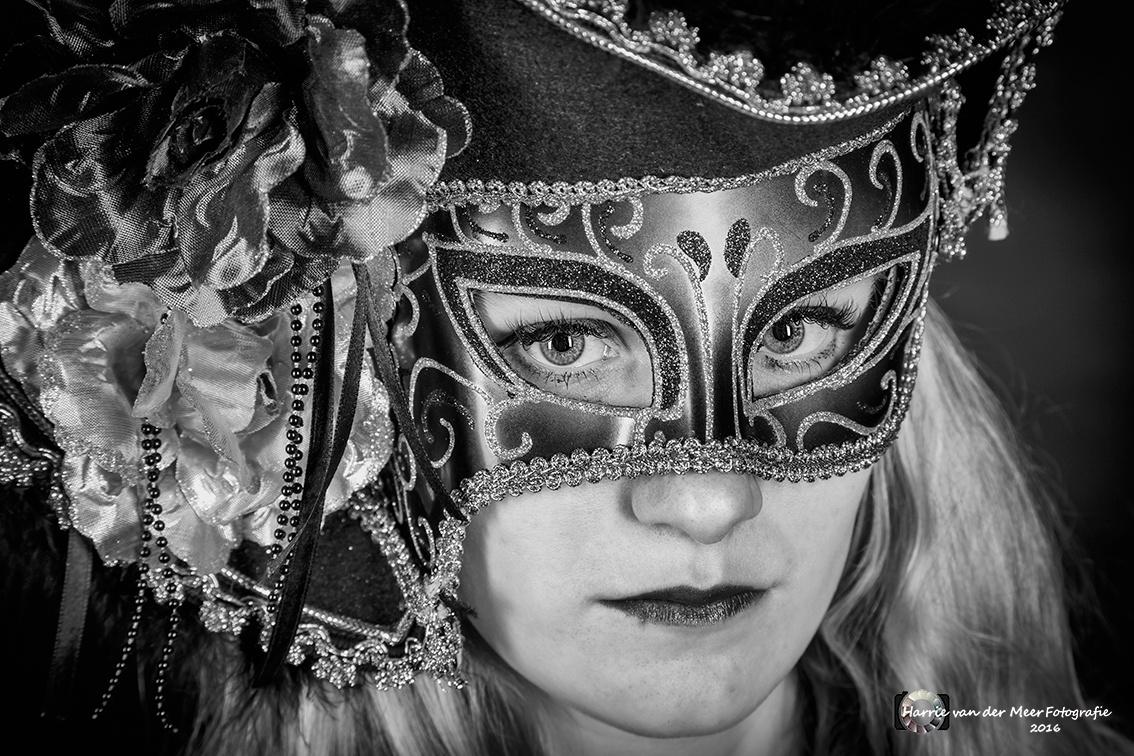 Mystery Woman by Harrie van der Meer Fotografie