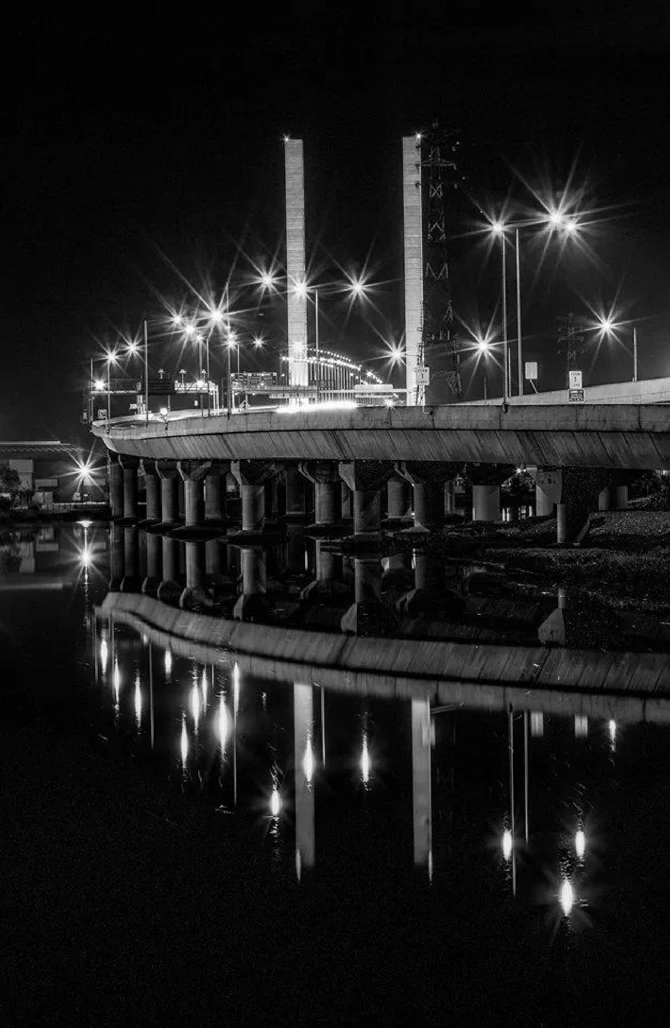 The Bolte Bridge by CareyCarter