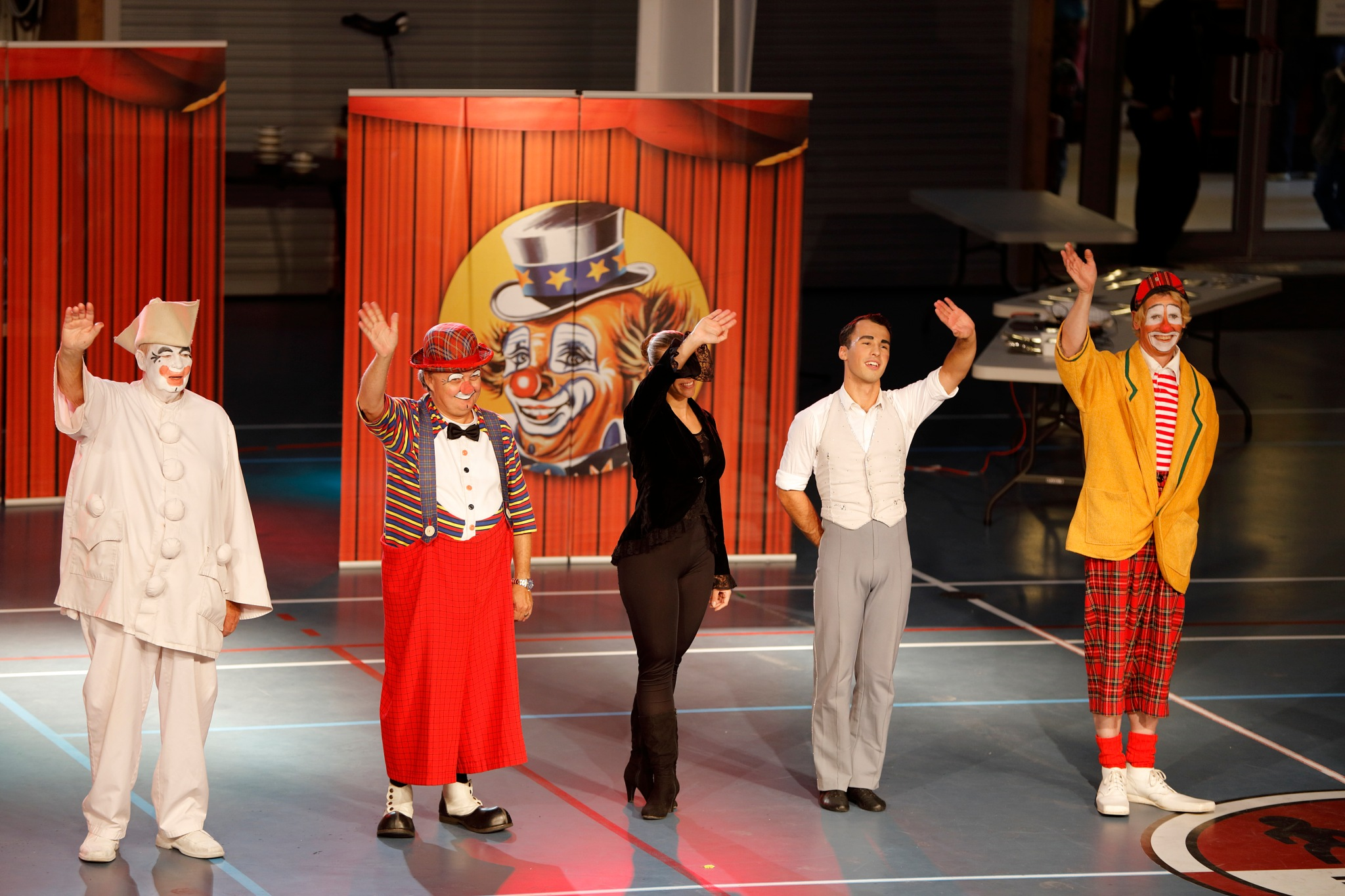 cirkus arena forestiling slut Nuuk by Tom Augo Lynge