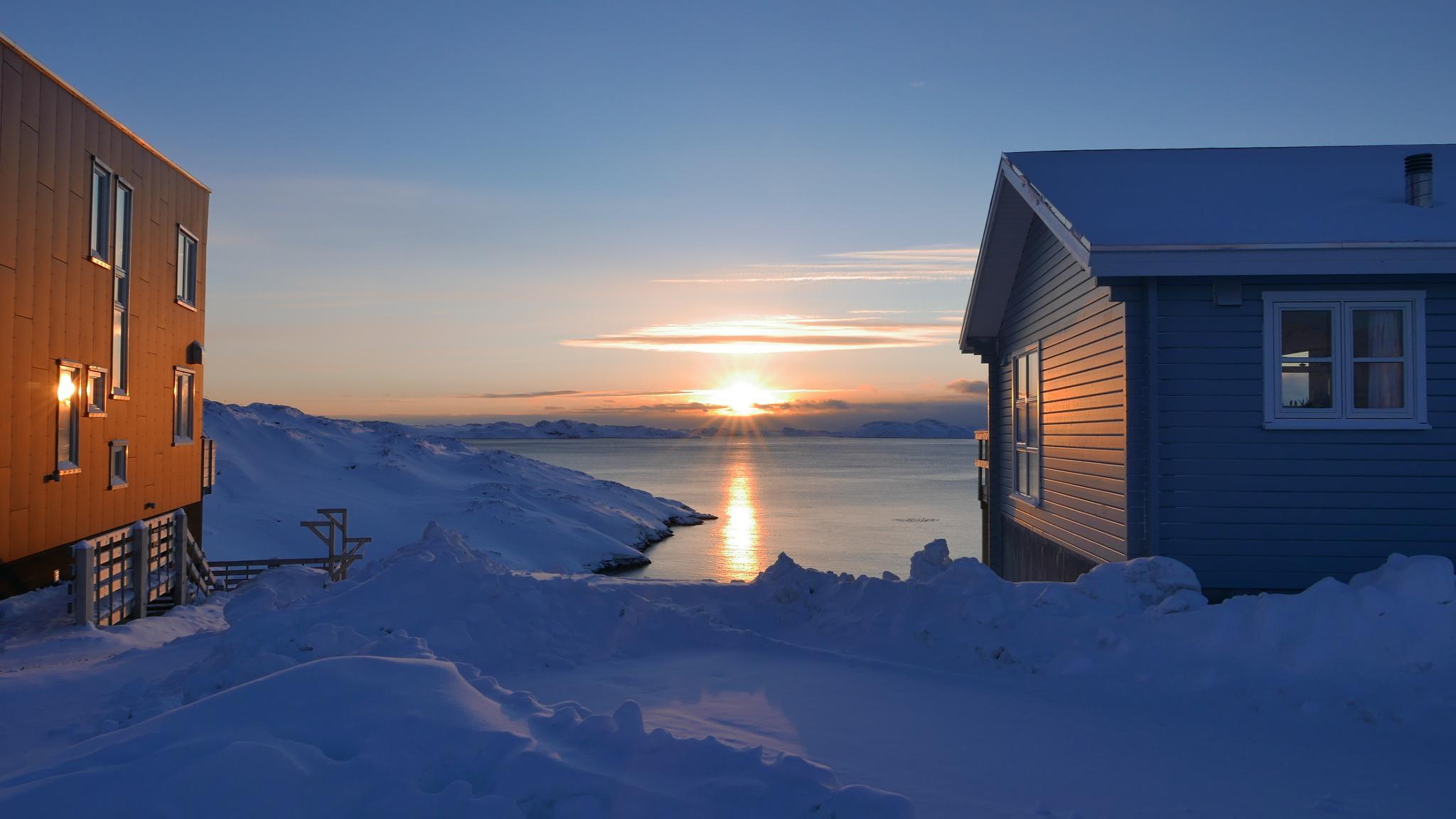 my whew a cold sunny day by Tom Augo Lynge