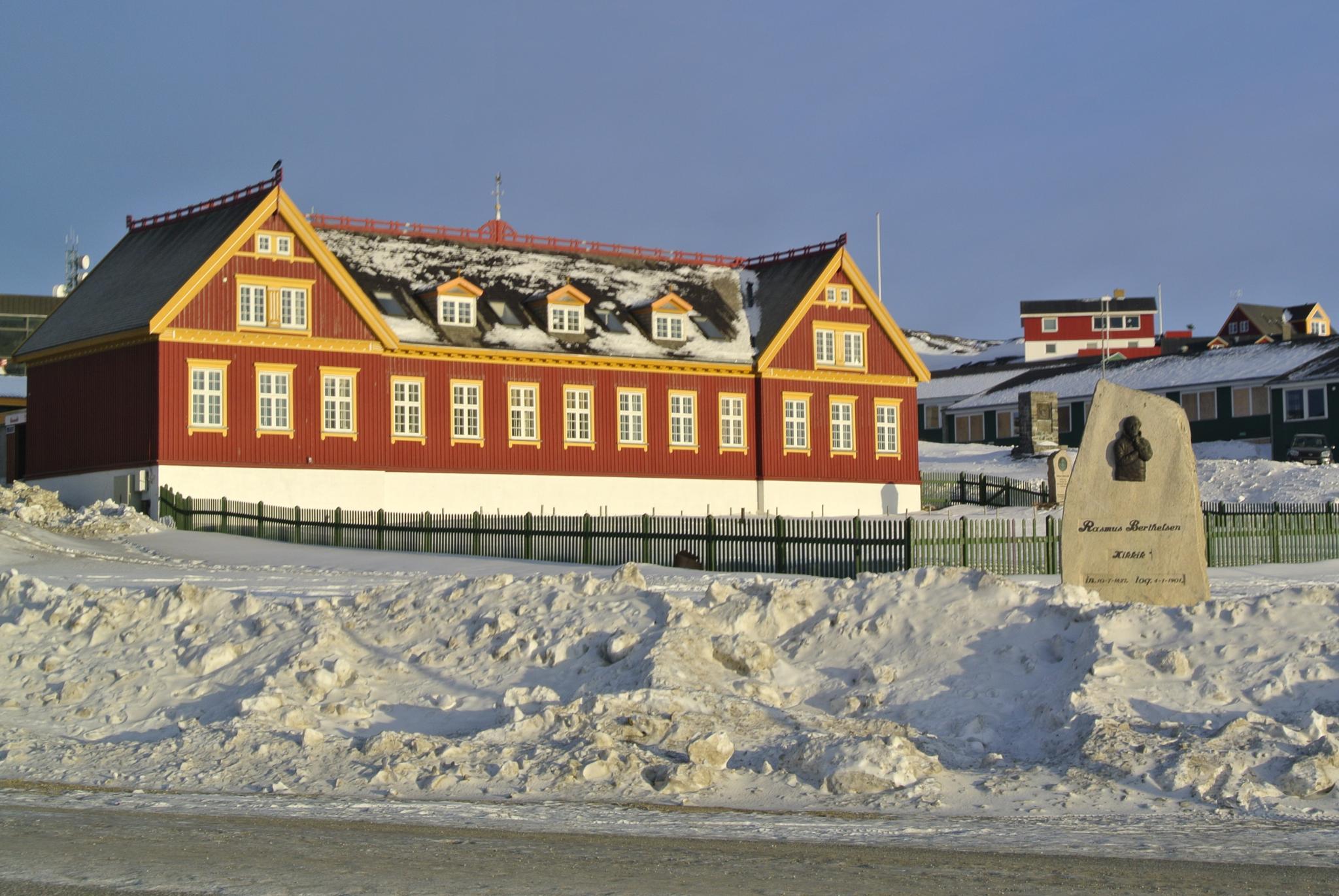 old seminarium Nuuk by Tom Augo Lynge