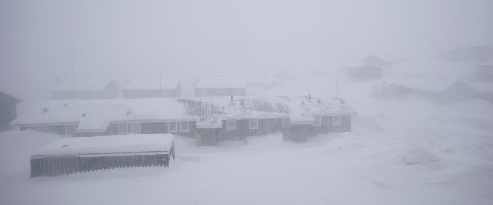 blizzard nuuk 18 marts by Tom Augo Lynge