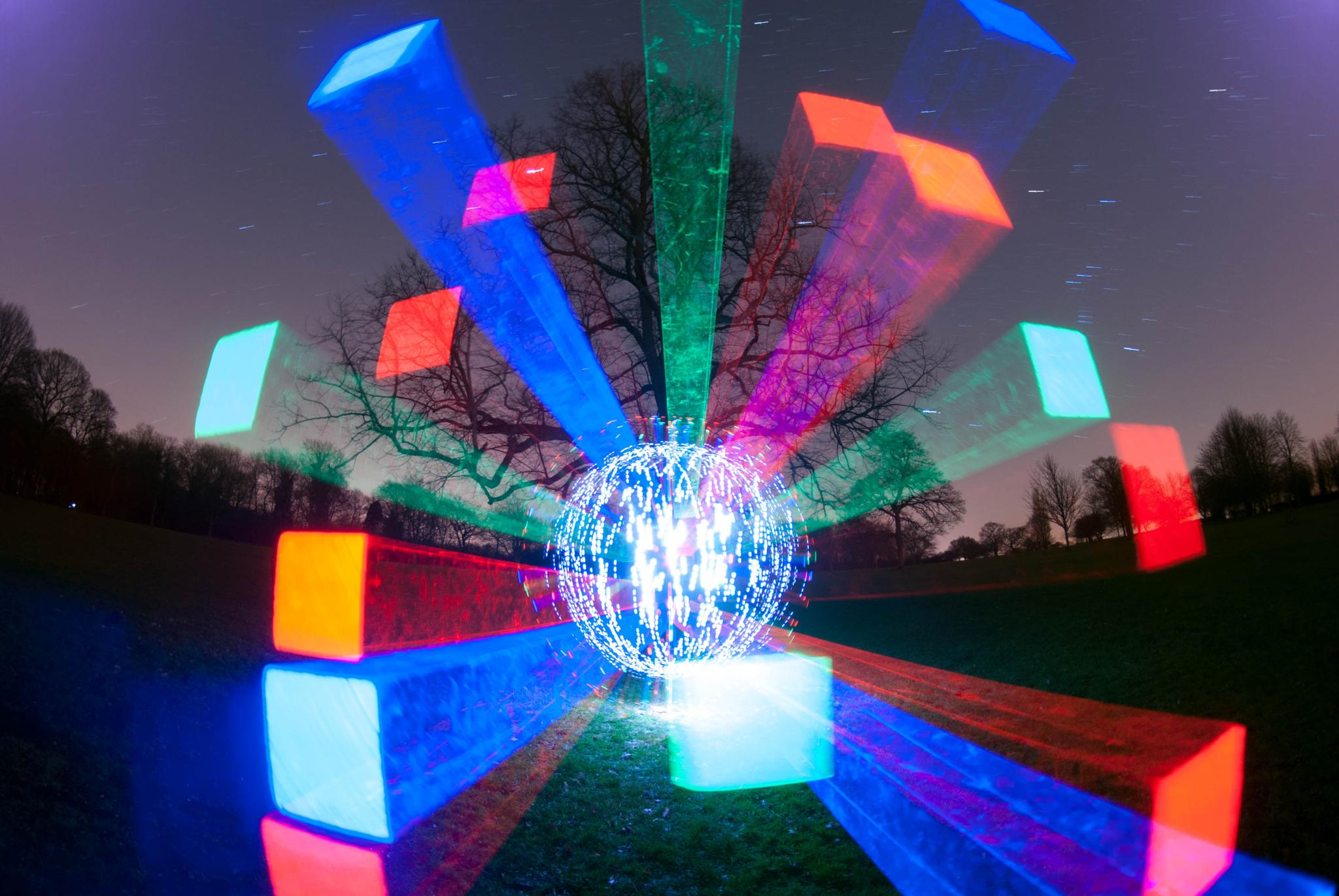 Open Shutter Exploding Orb Tecnique by JamesdeLunaLightpainting