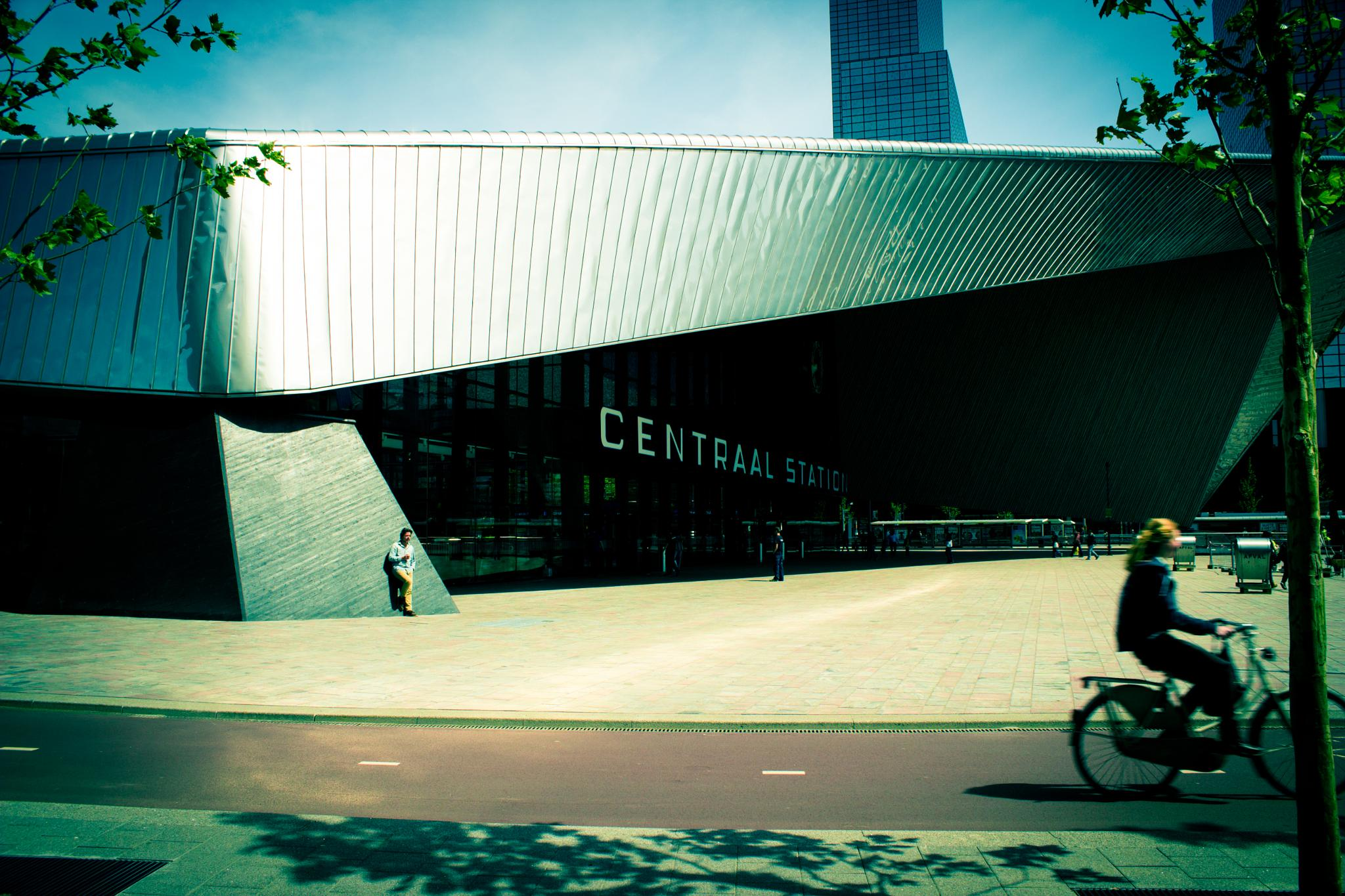 Rotterdam Central Station by richard.obbes