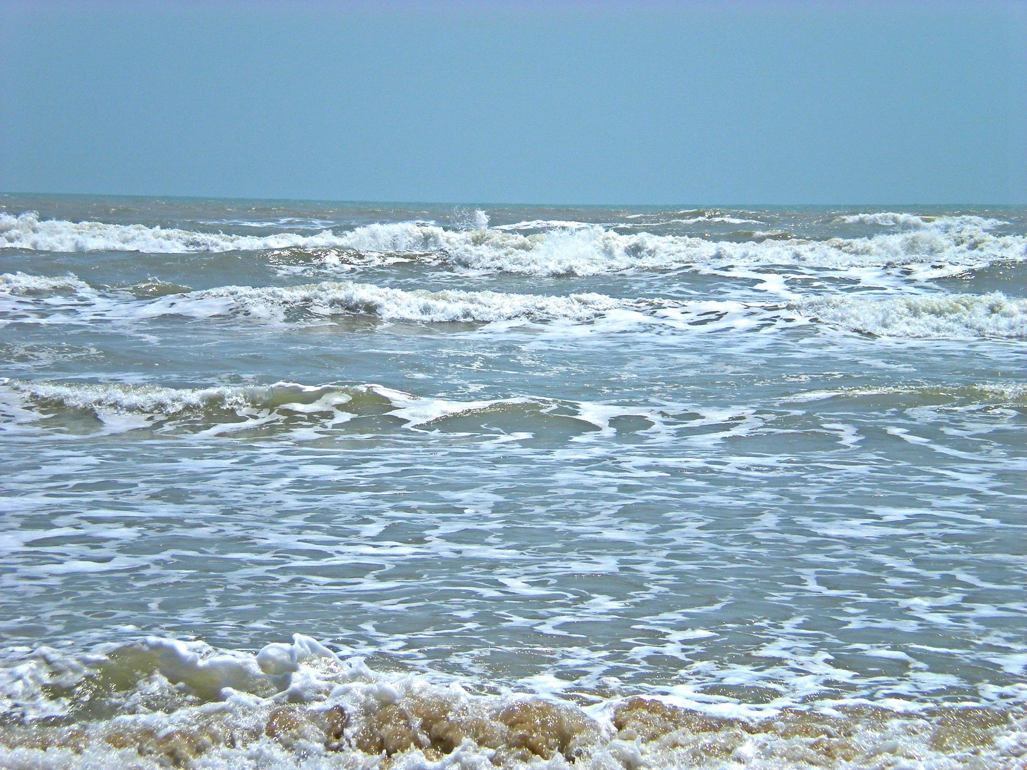 WAVES ANNA MARIE ISLAND FLORIDA by bechcomber444