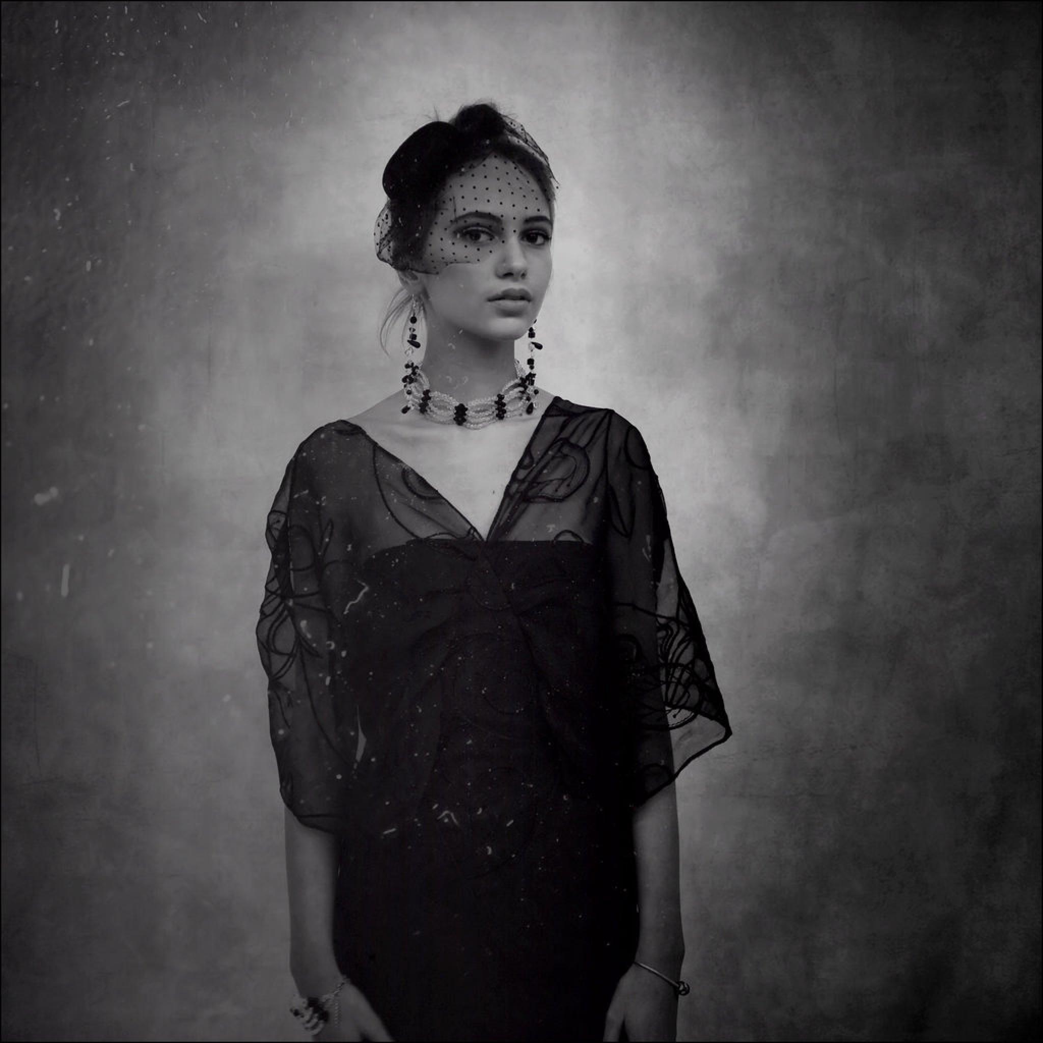 alone in the gray color  by Vesna Stojkovic