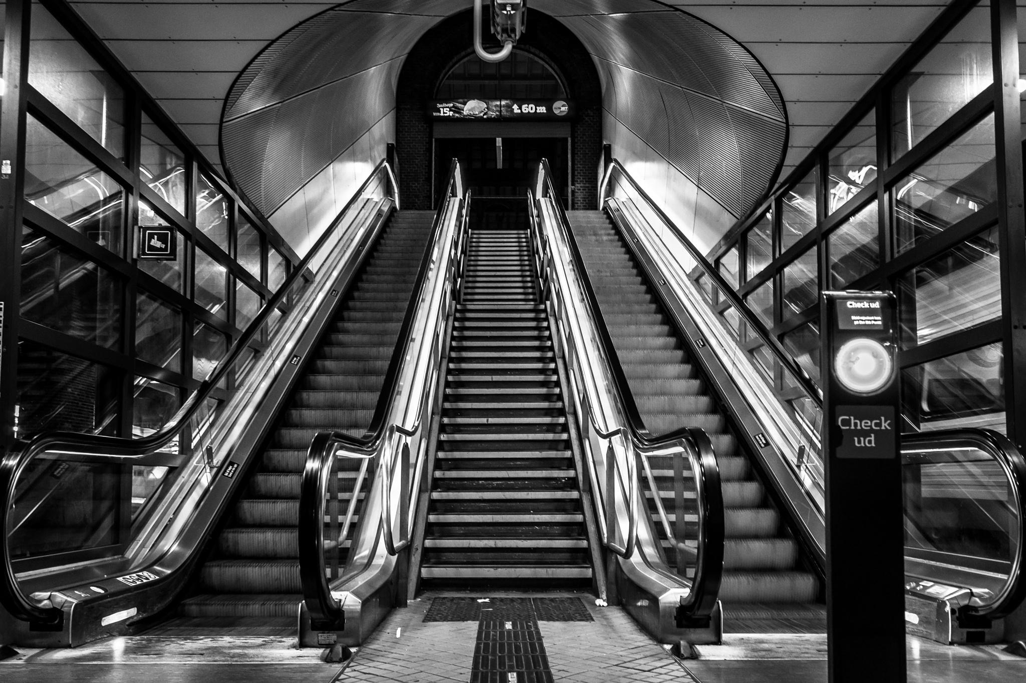 Escalator by Pekeroth Photography