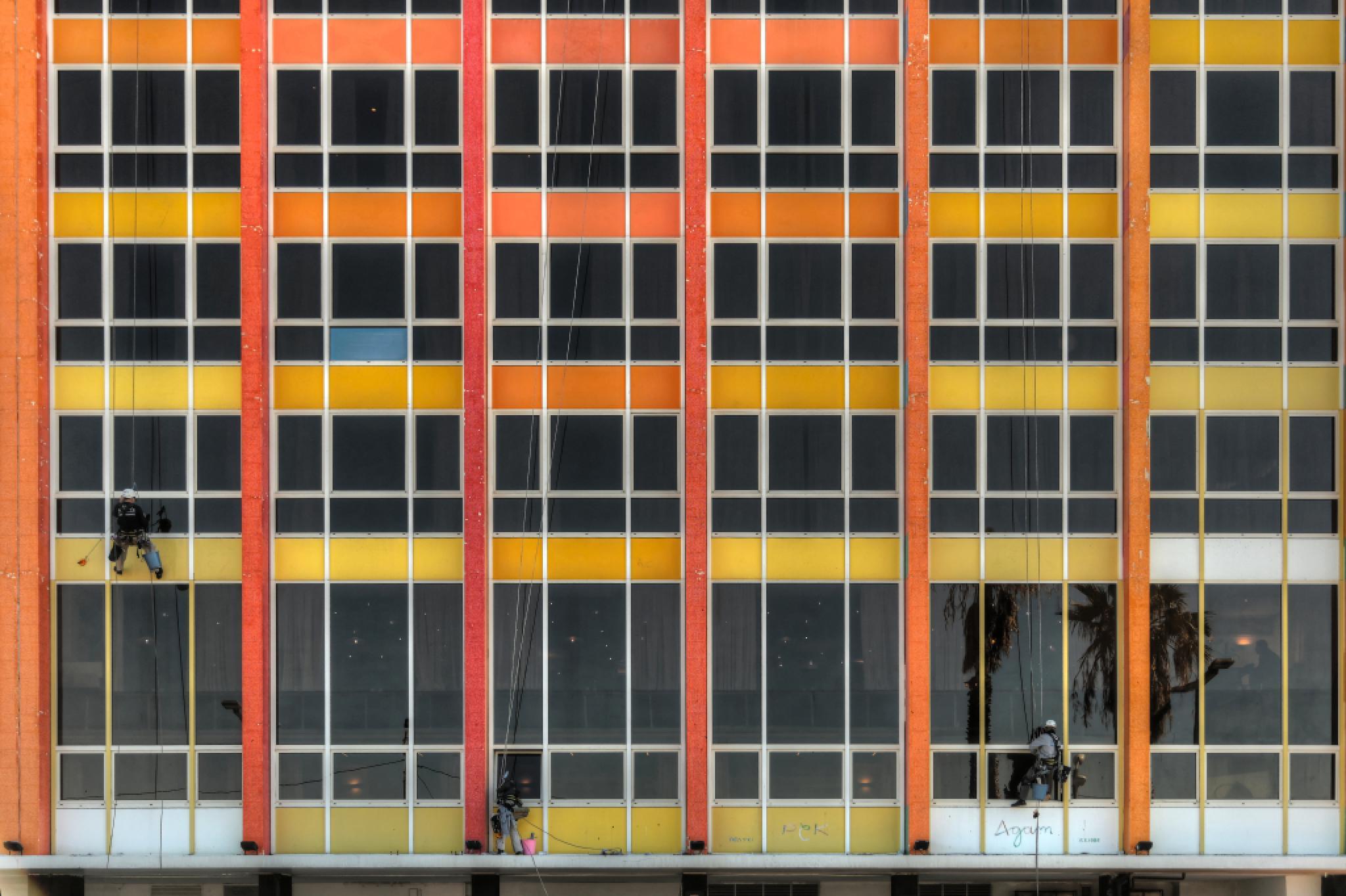Hotel_03 by Shahar Klein